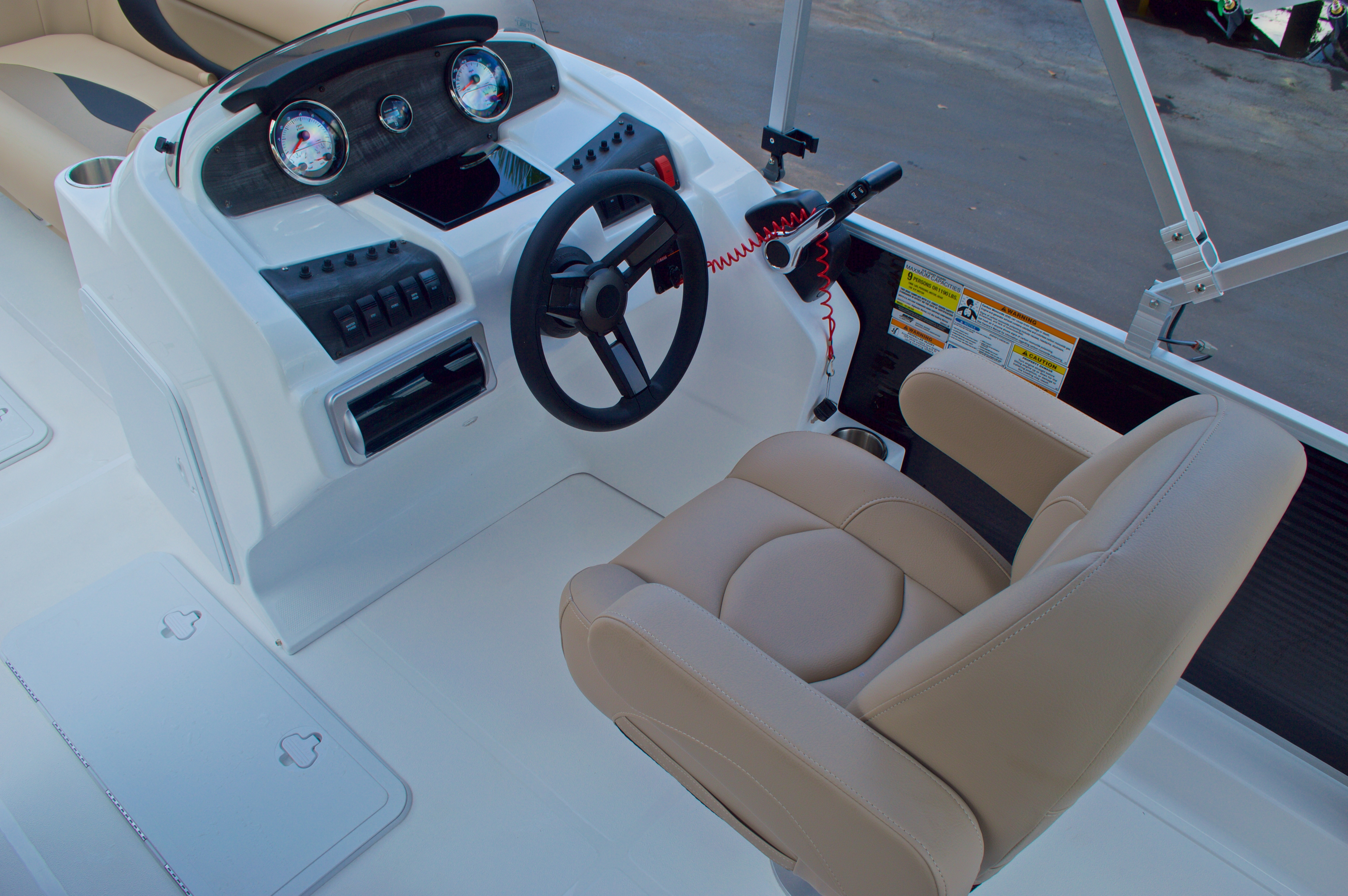 Thumbnail 27 for New 2016 Hurricane Fundeck FD 196 OB boat for sale in West Palm Beach, FL