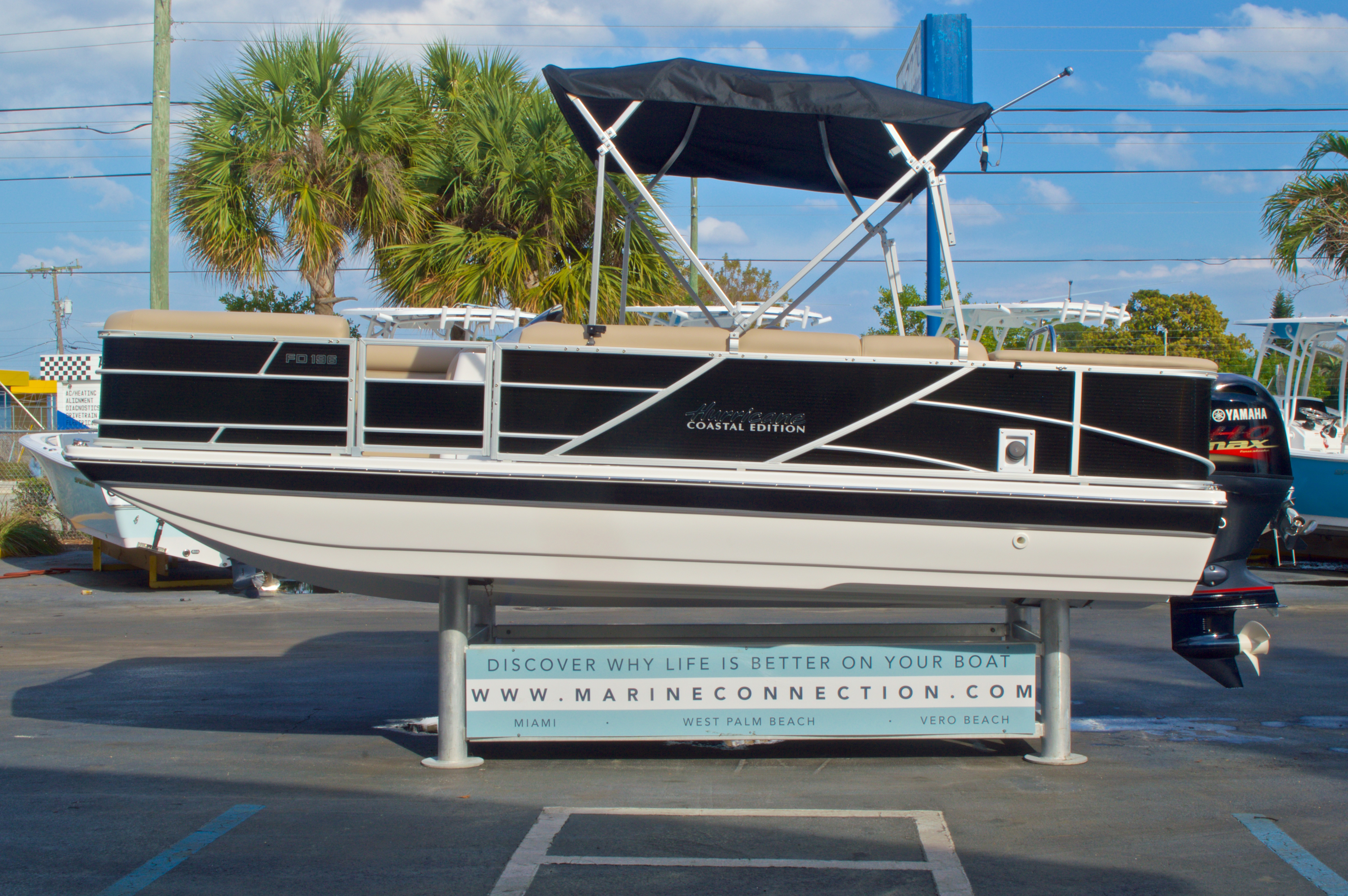 Thumbnail 5 for New 2016 Hurricane Fundeck FD 196 OB boat for sale in West Palm Beach, FL
