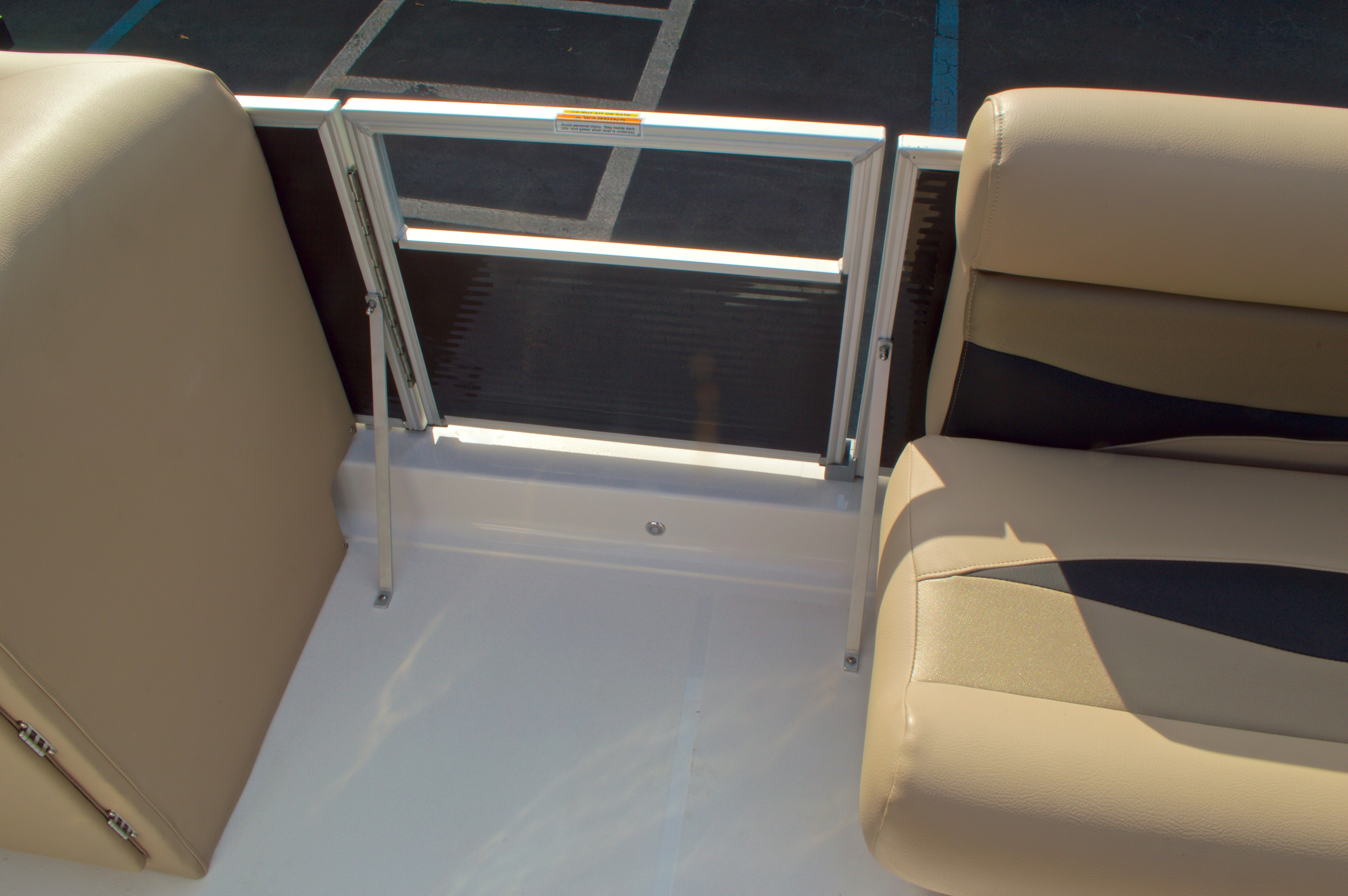 Thumbnail 39 for New 2016 Hurricane Fundeck FD 196 OB boat for sale in West Palm Beach, FL