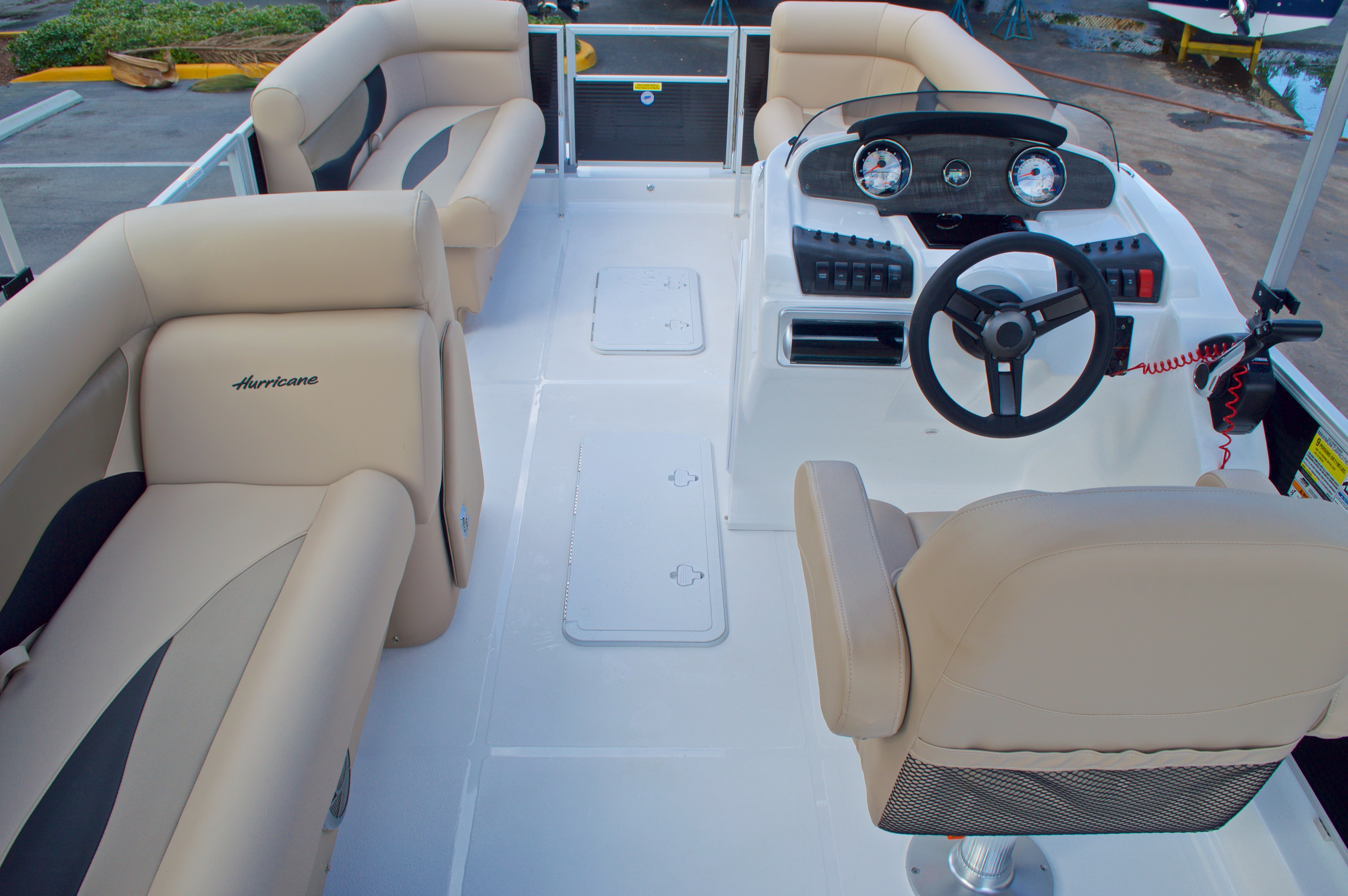 Thumbnail 10 for New 2016 Hurricane Fundeck FD 196 OB boat for sale in West Palm Beach, FL