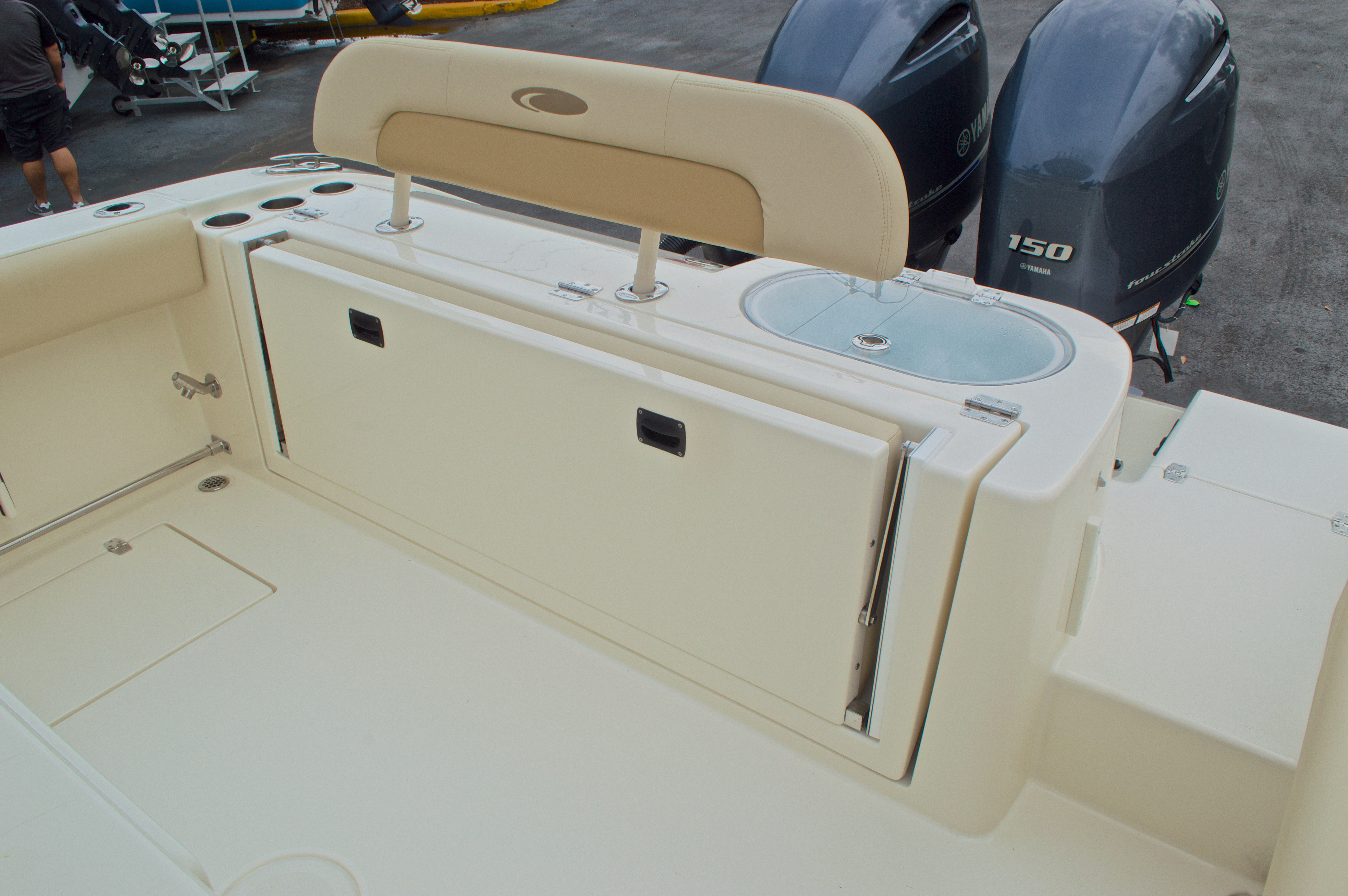 Thumbnail 13 for New 2016 Cobia 261 Center Console boat for sale in Vero Beach, FL