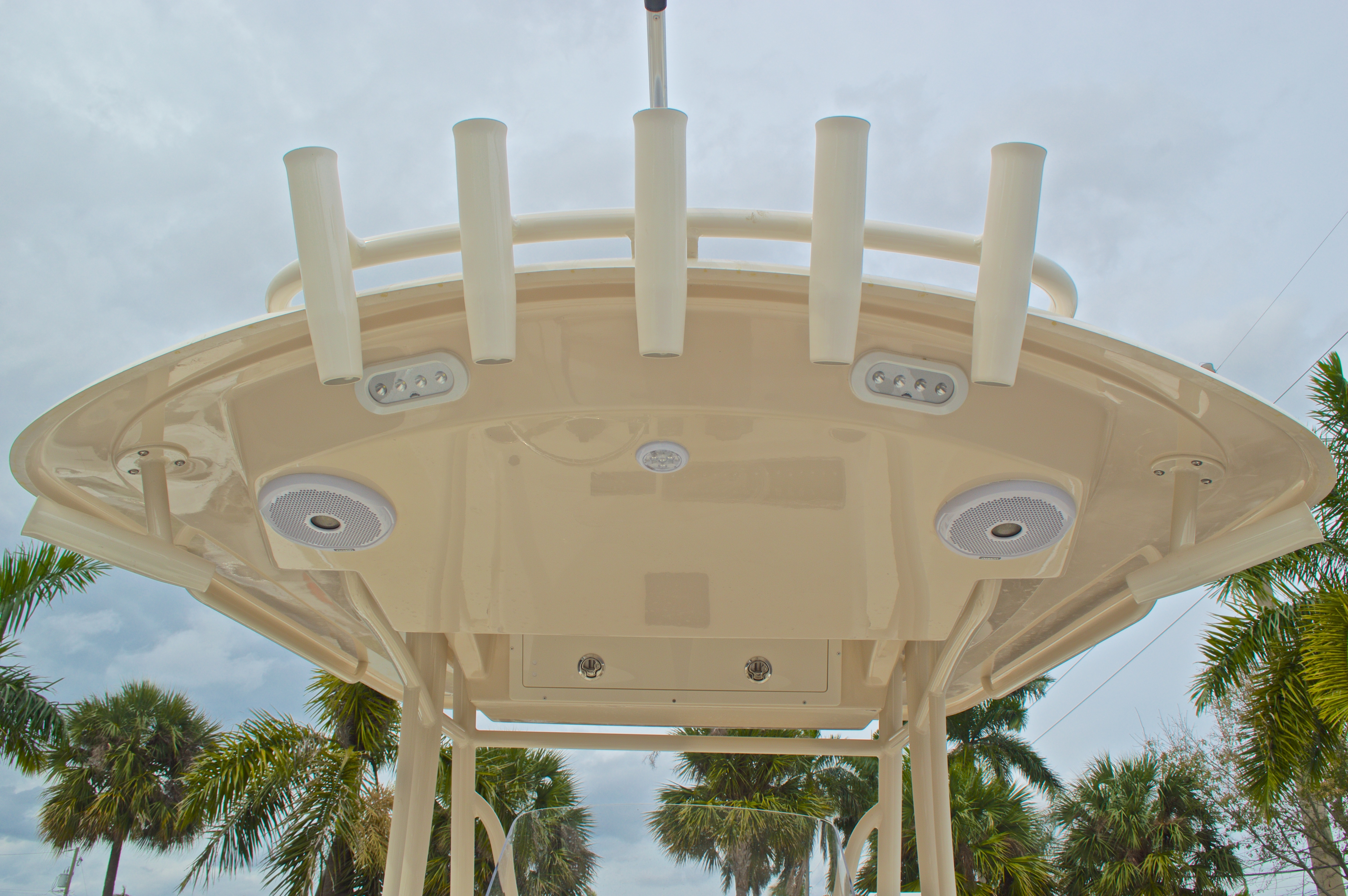 Thumbnail 30 for New 2016 Cobia 261 Center Console boat for sale in Vero Beach, FL