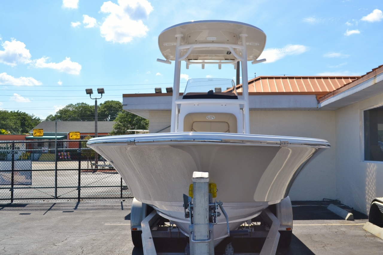 Thumbnail 2 for New 2016 Sportsman Masters 247 Bay Boat boat for sale in Miami, FL