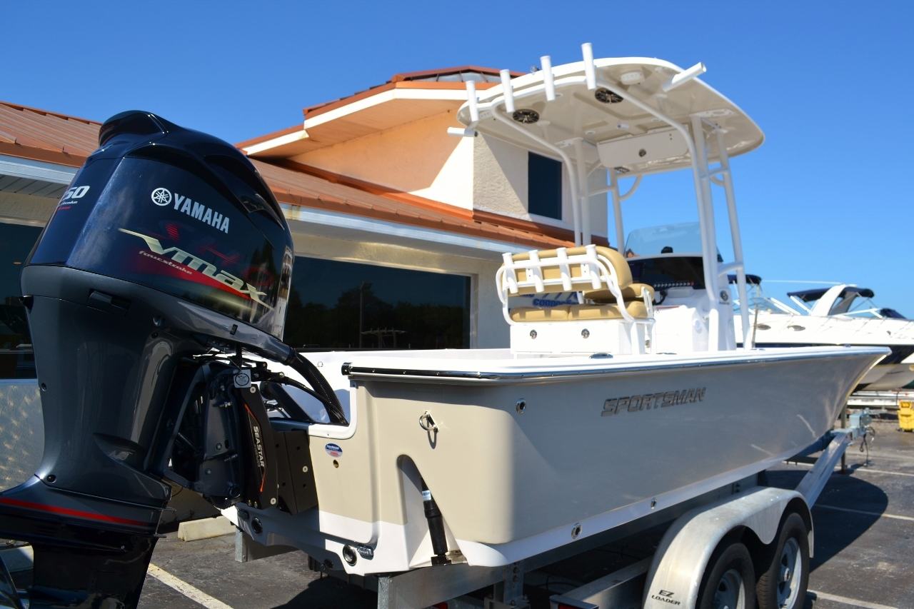 Thumbnail 6 for New 2016 Sportsman Masters 247 Bay Boat boat for sale in Miami, FL