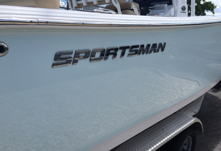 Thumbnail 2 for New 2016 Sportsman Heritage 231 Center Console boat for sale in Miami, FL