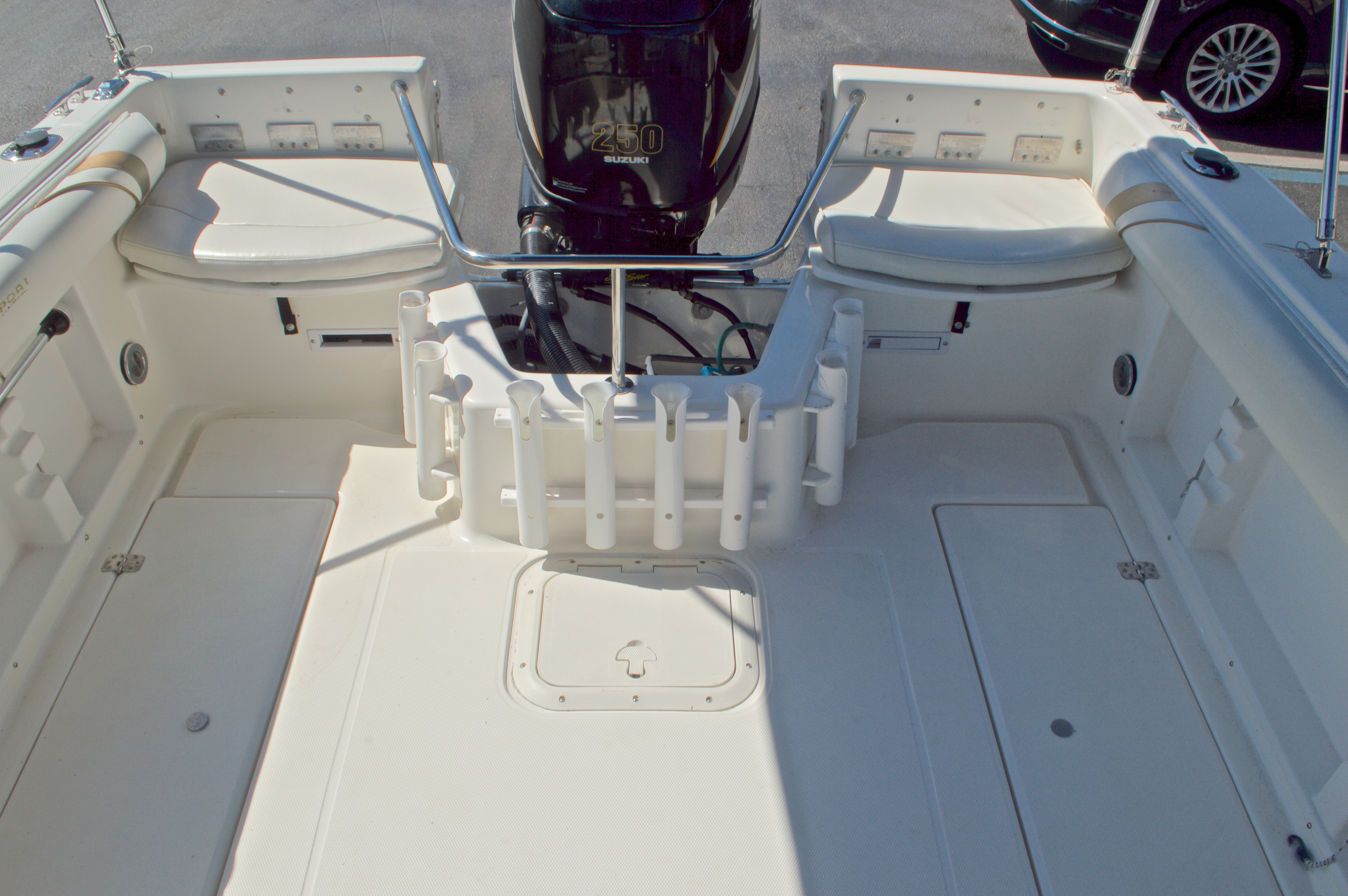 Thumbnail 22 for Used 2000 Aquasport 215 Osprey Sport DC boat for sale in West Palm Beach, FL