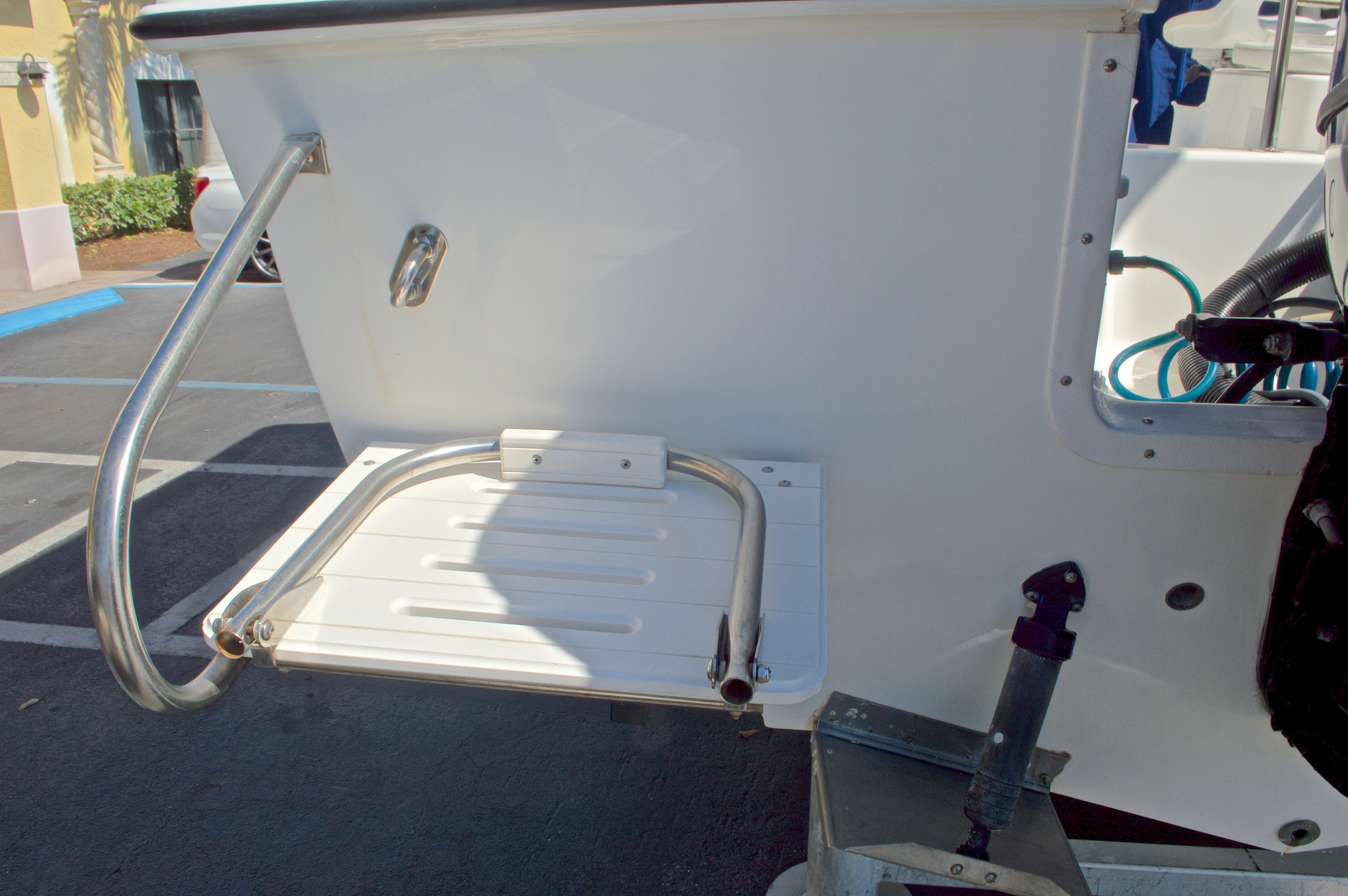 Thumbnail 11 for Used 2000 Aquasport 215 Osprey Sport DC boat for sale in West Palm Beach, FL