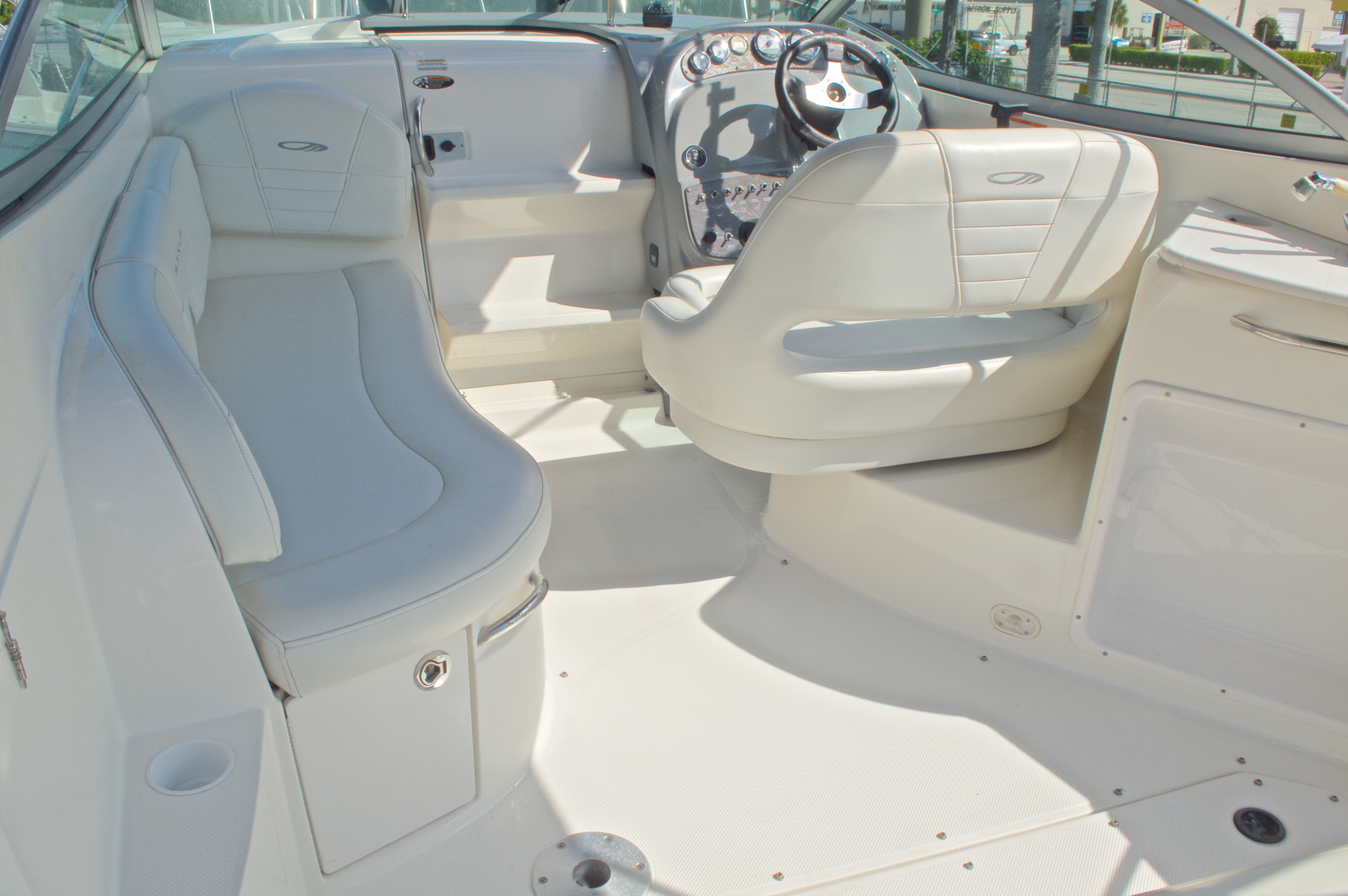 Thumbnail 12 for Used 2007 Maxum 2400 SE boat for sale in West Palm Beach, FL