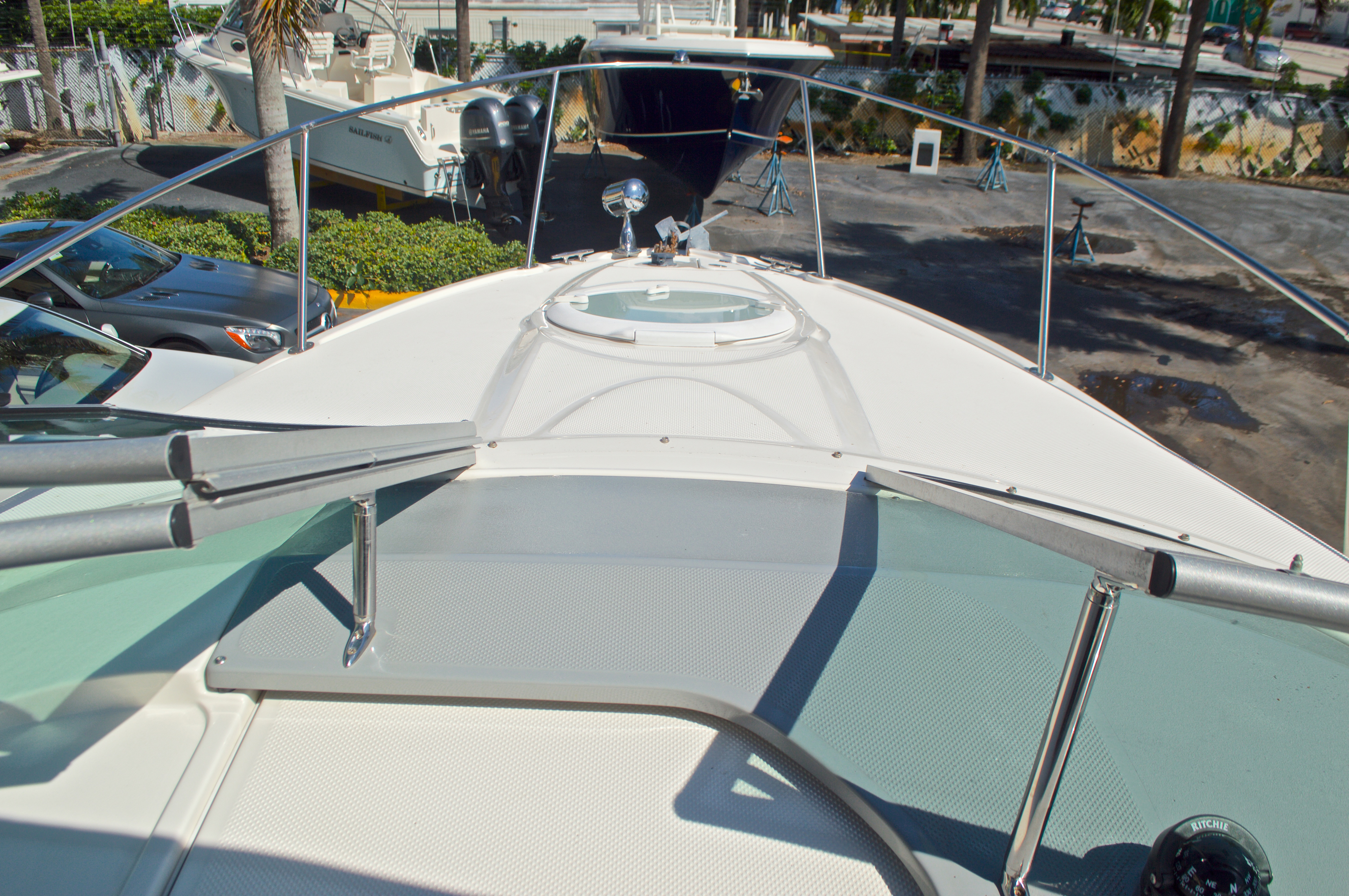 Thumbnail 38 for Used 2007 Maxum 2400 SE boat for sale in West Palm Beach, FL