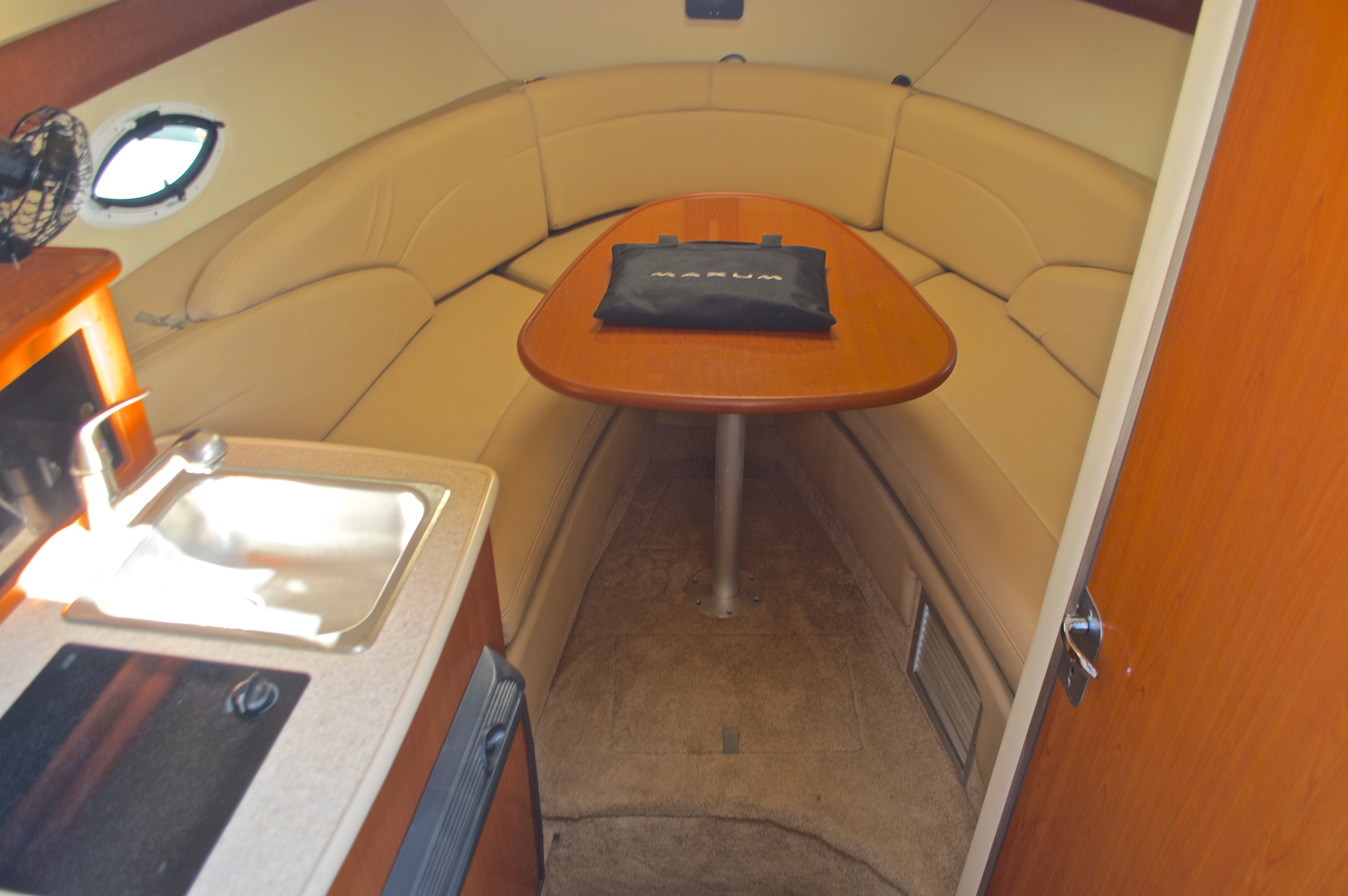 Thumbnail 42 for Used 2007 Maxum 2400 SE boat for sale in West Palm Beach, FL