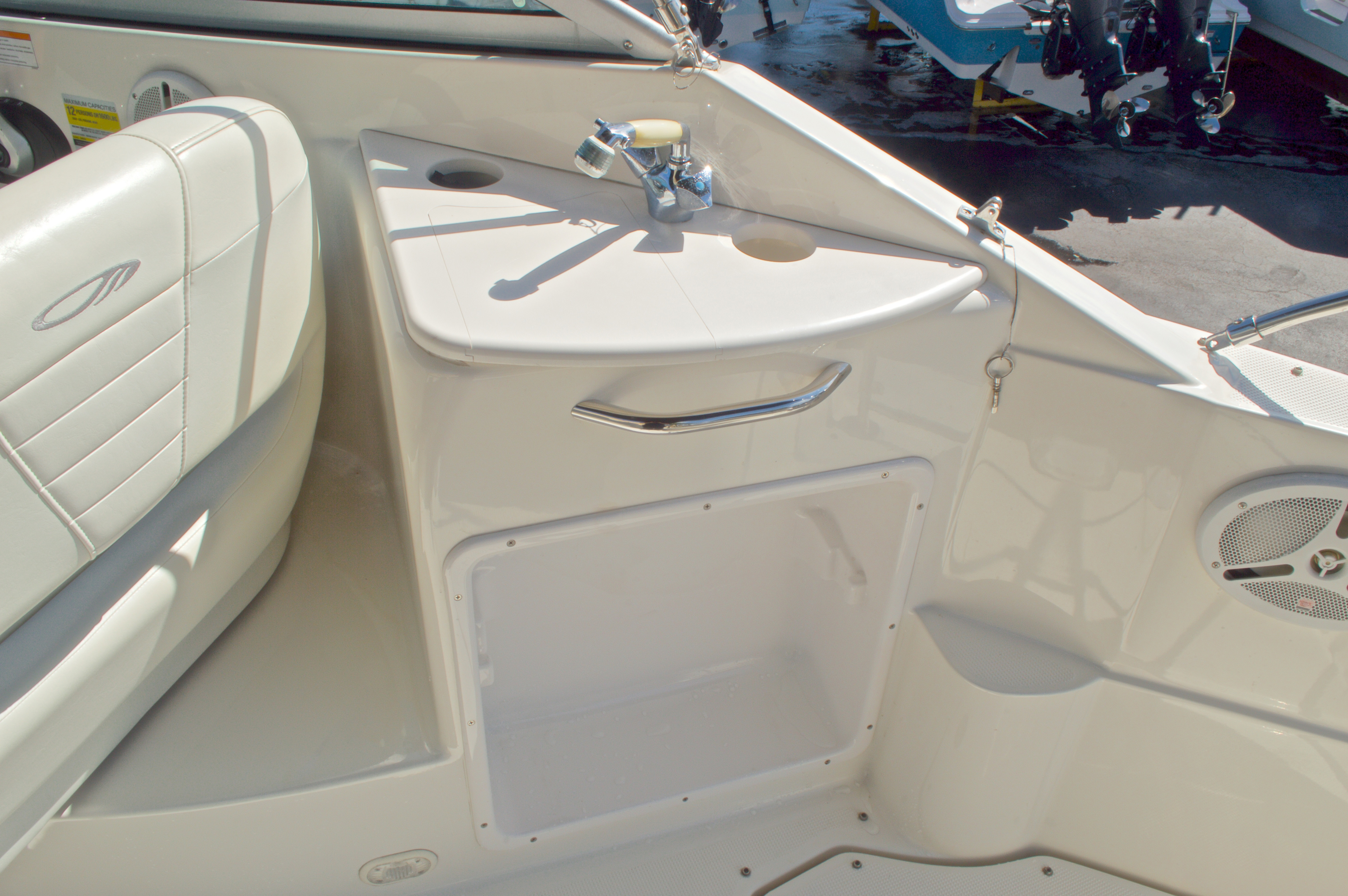 Thumbnail 24 for Used 2007 Maxum 2400 SE boat for sale in West Palm Beach, FL
