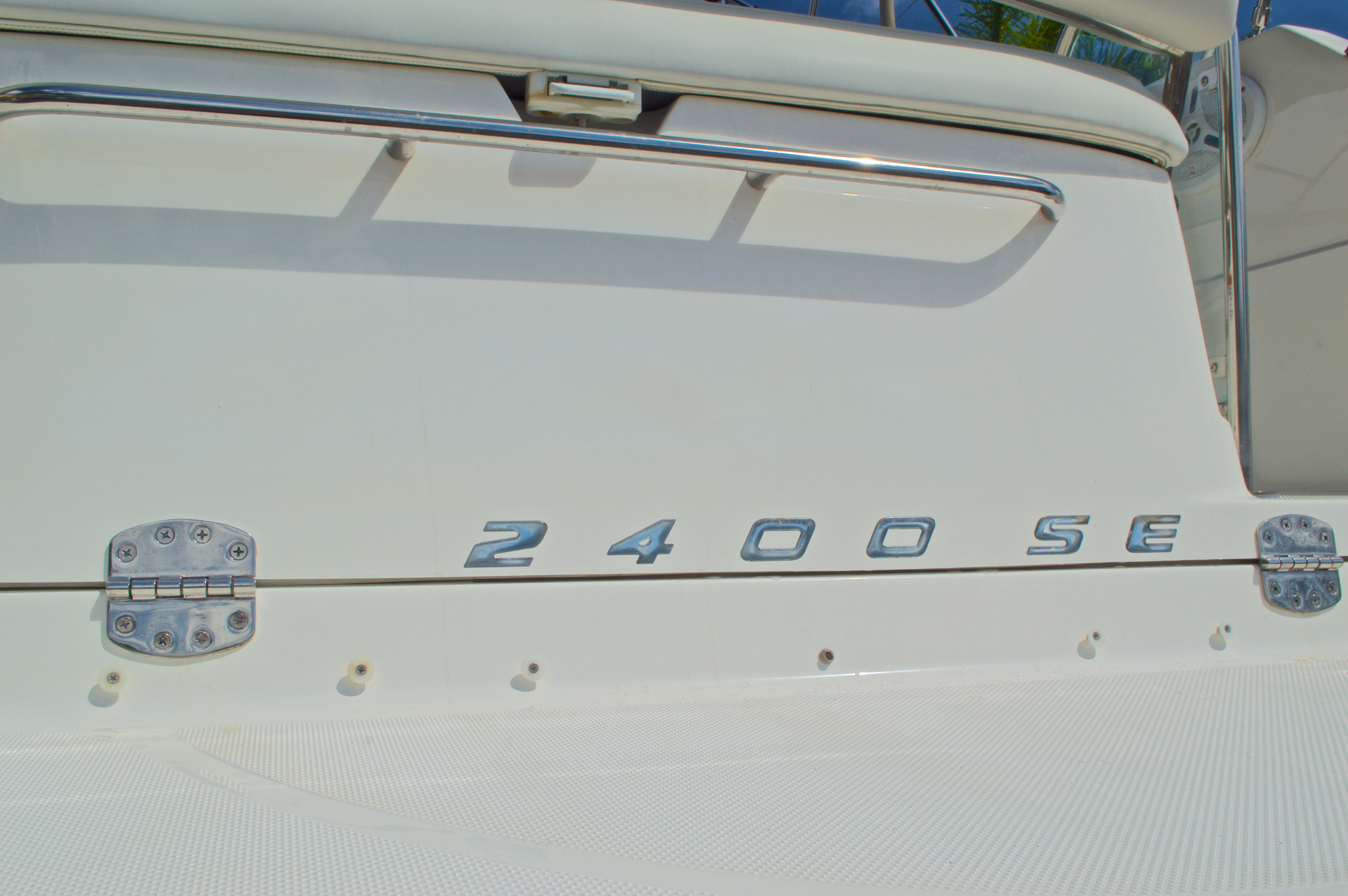 Thumbnail 56 for Used 2007 Maxum 2400 SE boat for sale in West Palm Beach, FL