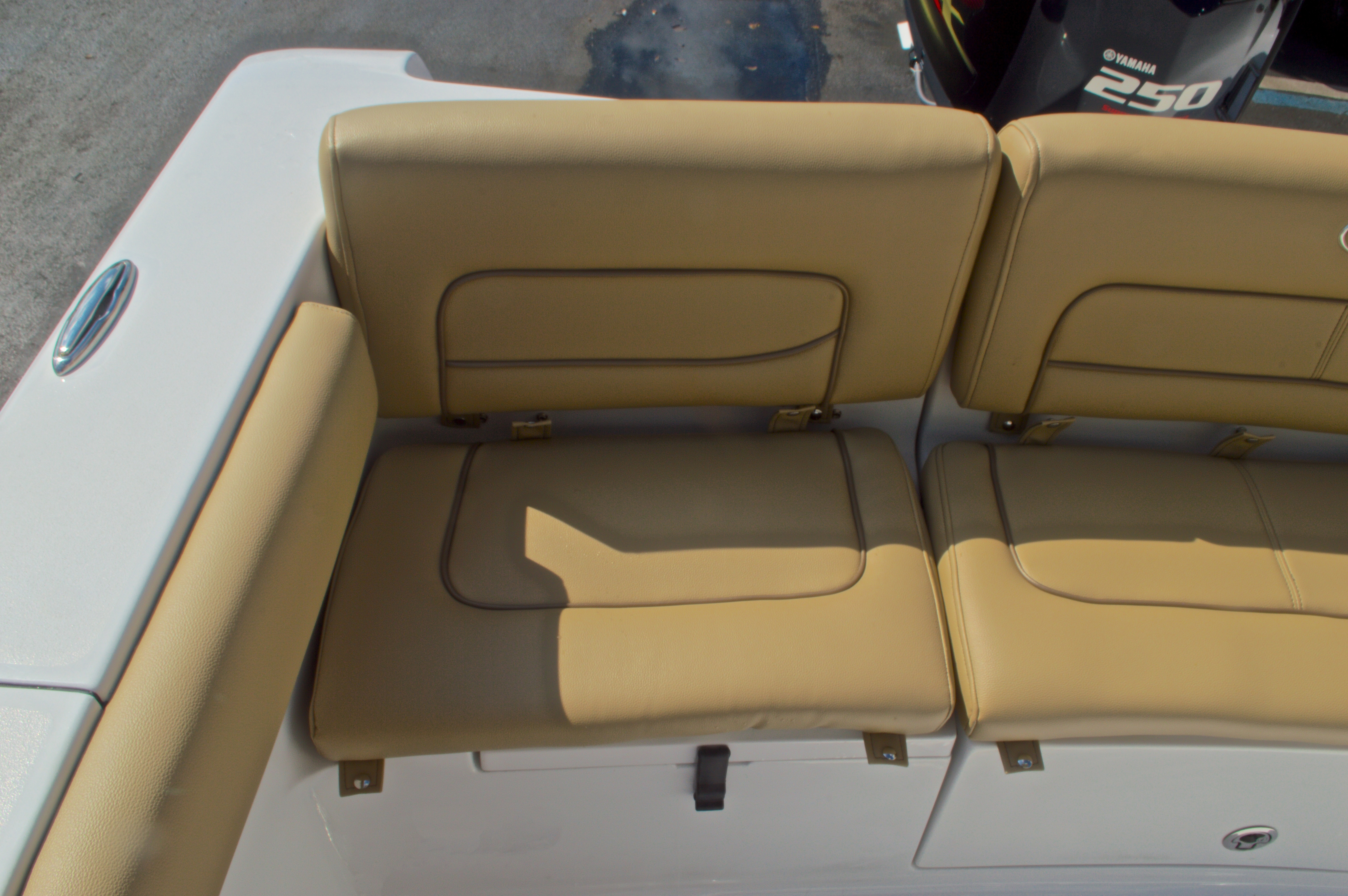 Thumbnail 11 for New 2016 Sportsman Heritage 231 Center Console boat for sale in Vero Beach, FL