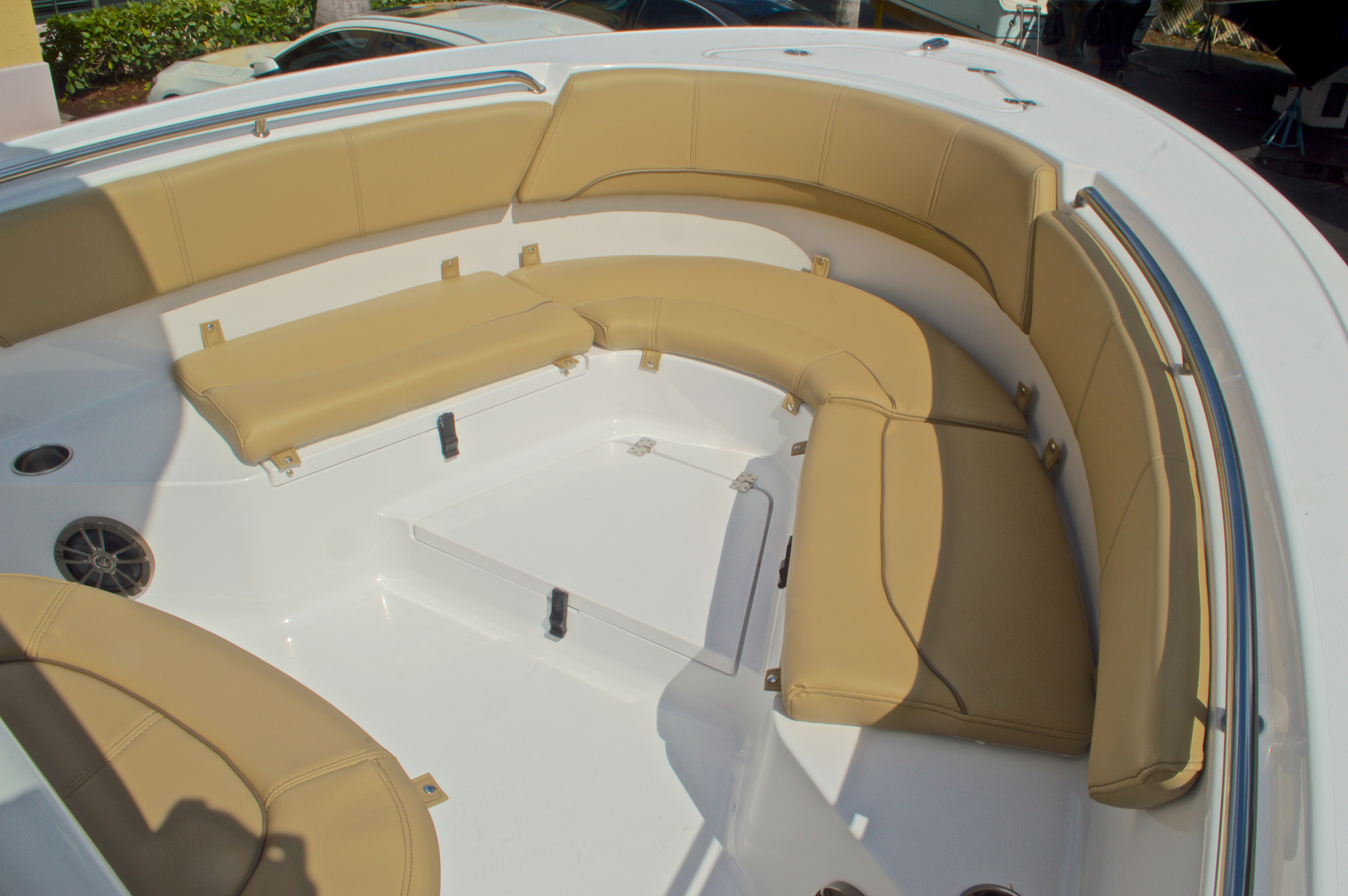 Thumbnail 34 for New 2016 Sportsman Heritage 231 Center Console boat for sale in Vero Beach, FL