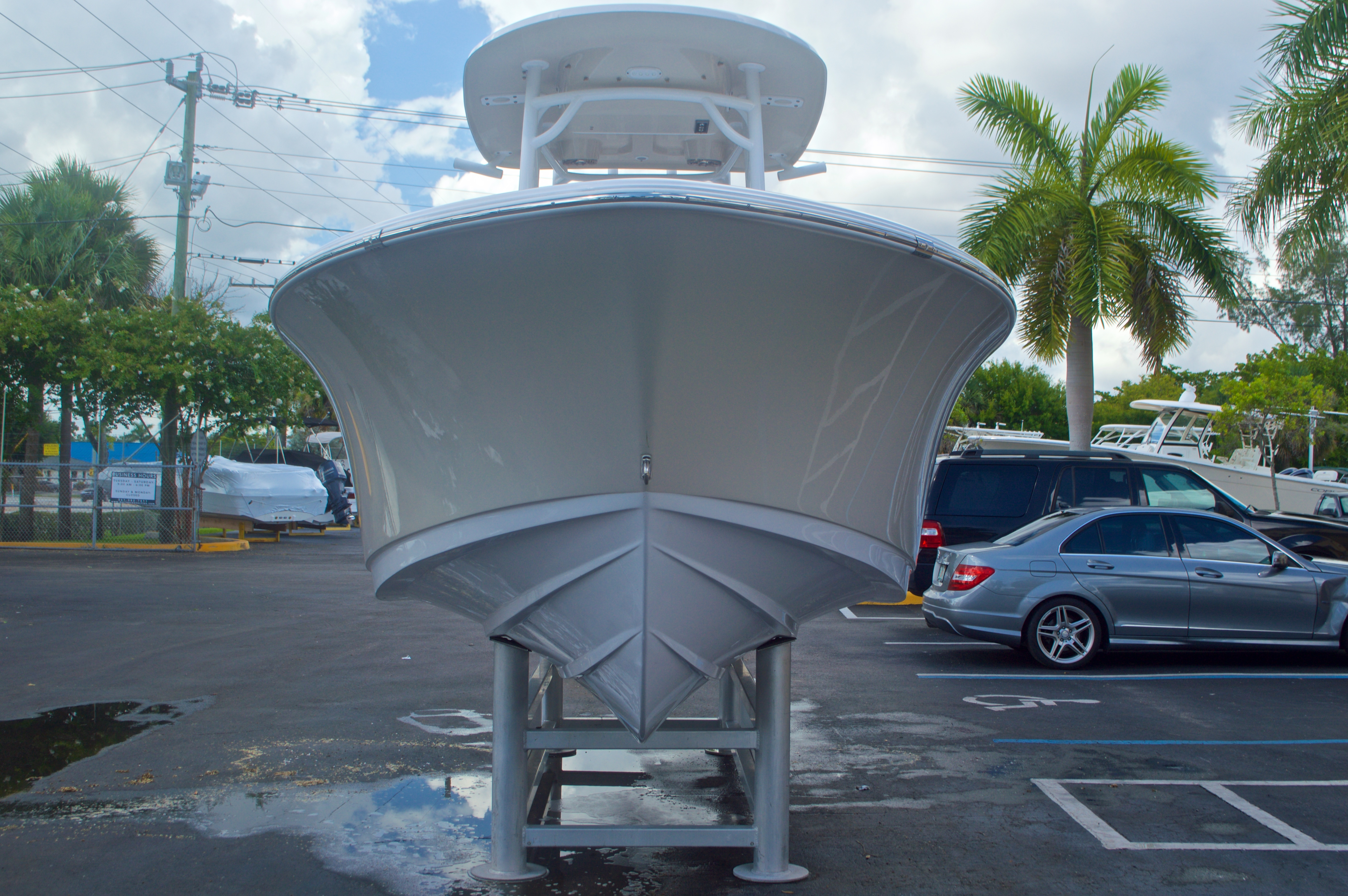 Thumbnail 2 for New 2016 Sportsman Heritage 231 Center Console boat for sale in Vero Beach, FL