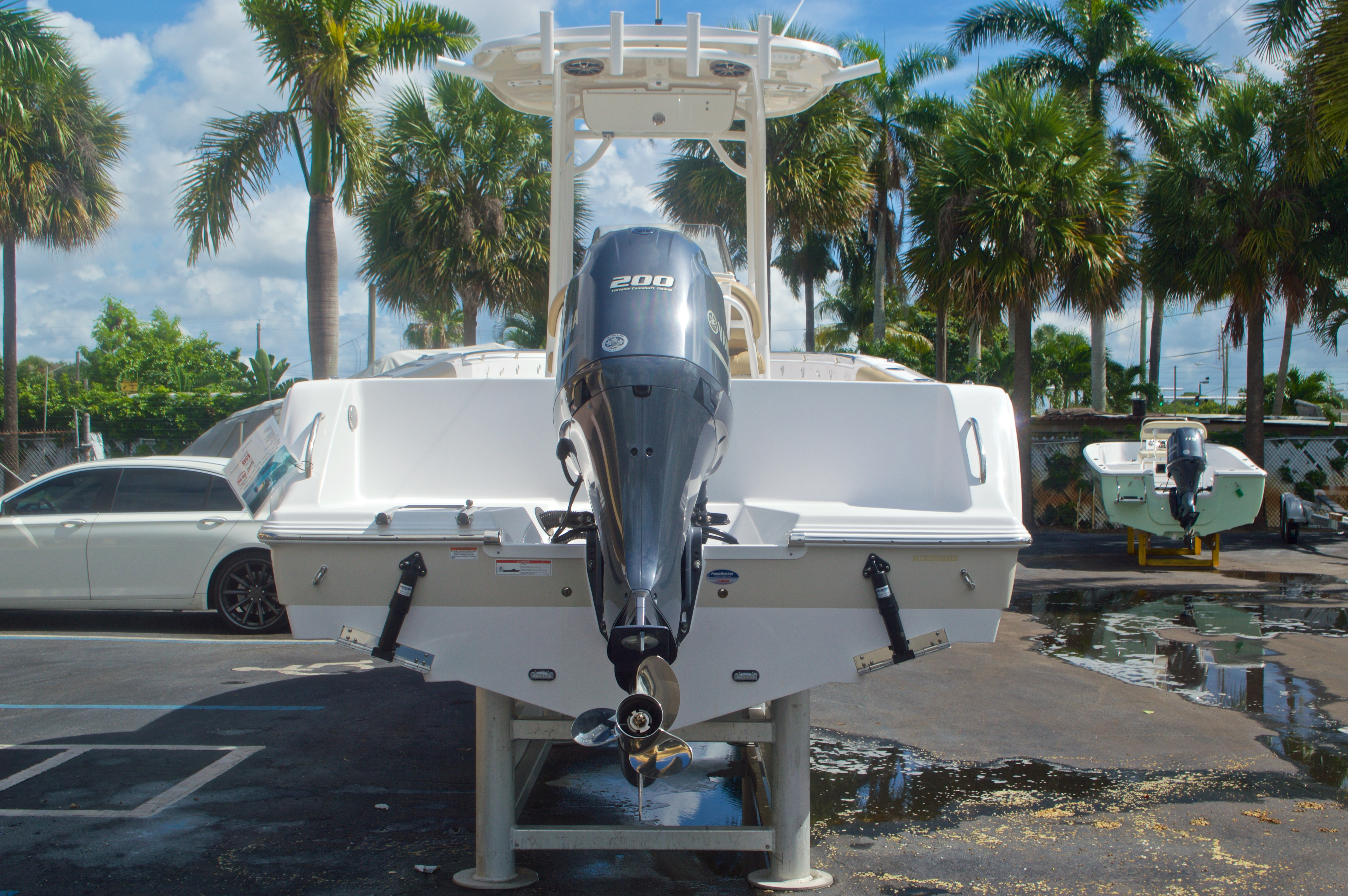 Thumbnail 6 for New 2016 Sportsman Heritage 231 Center Console boat for sale in Vero Beach, FL