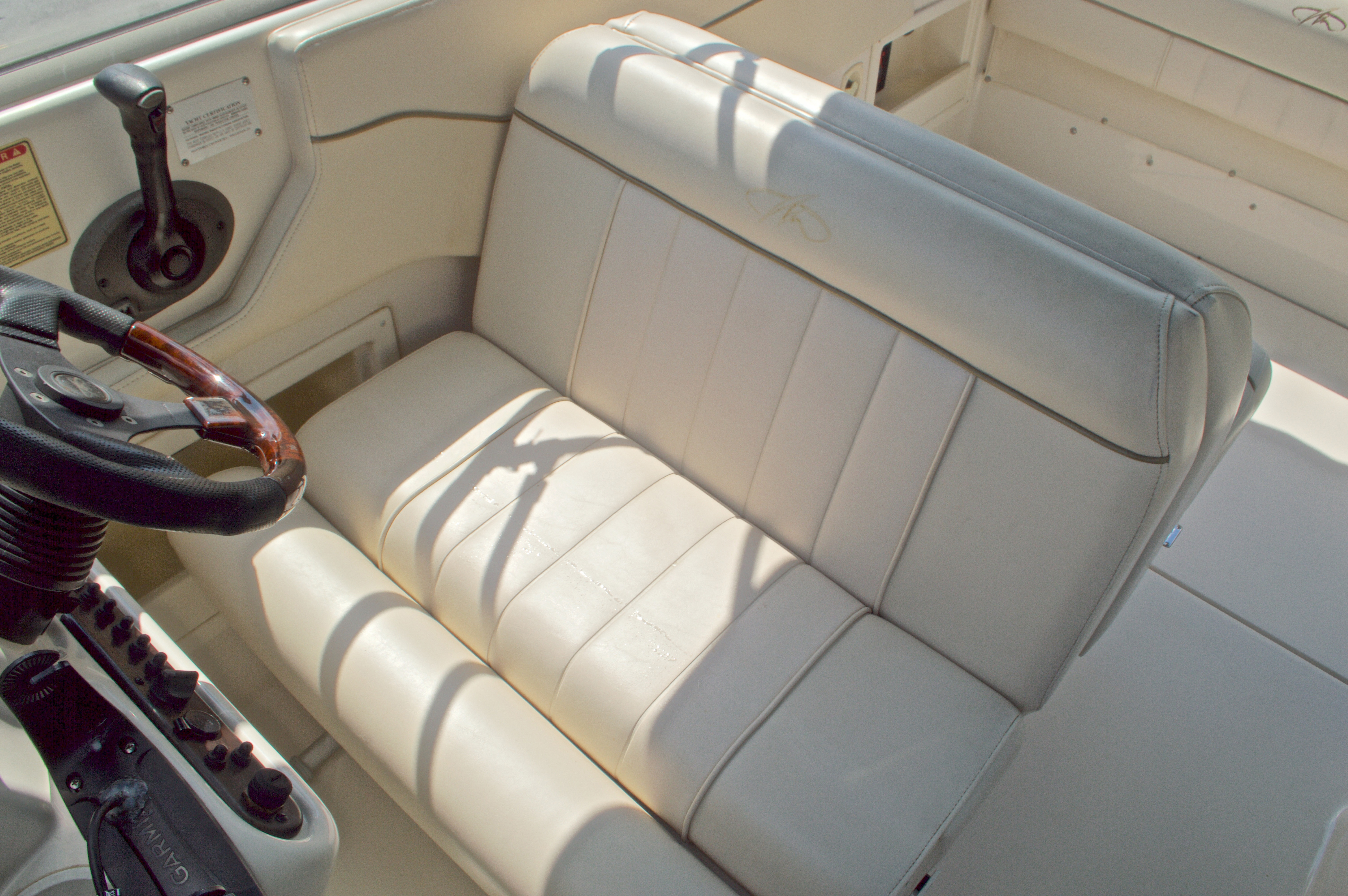 Thumbnail 28 for Used 2002 Monterey 262 Cruiser boat for sale in West Palm Beach, FL