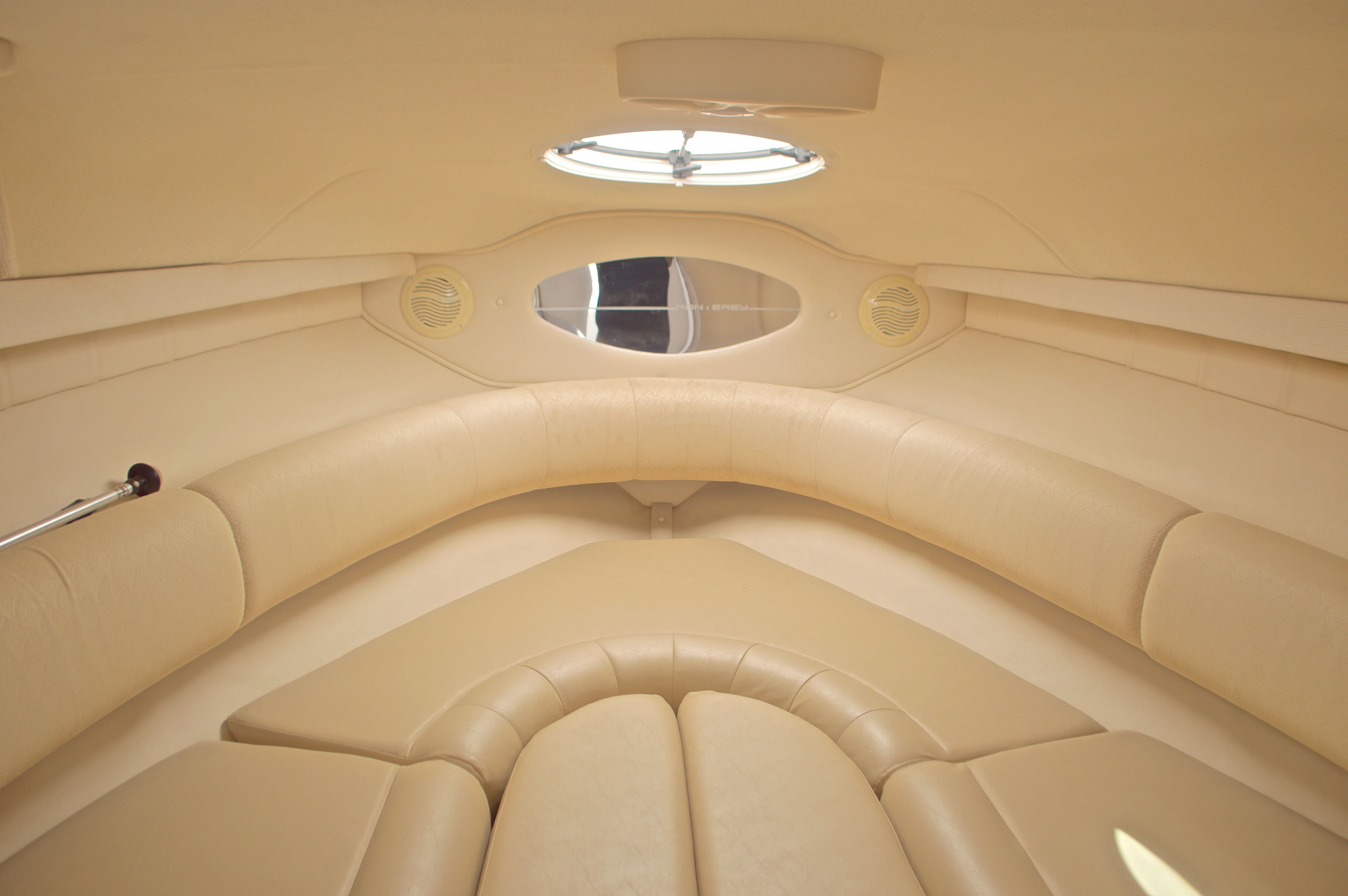 Thumbnail 43 for Used 2002 Monterey 262 Cruiser boat for sale in West Palm Beach, FL