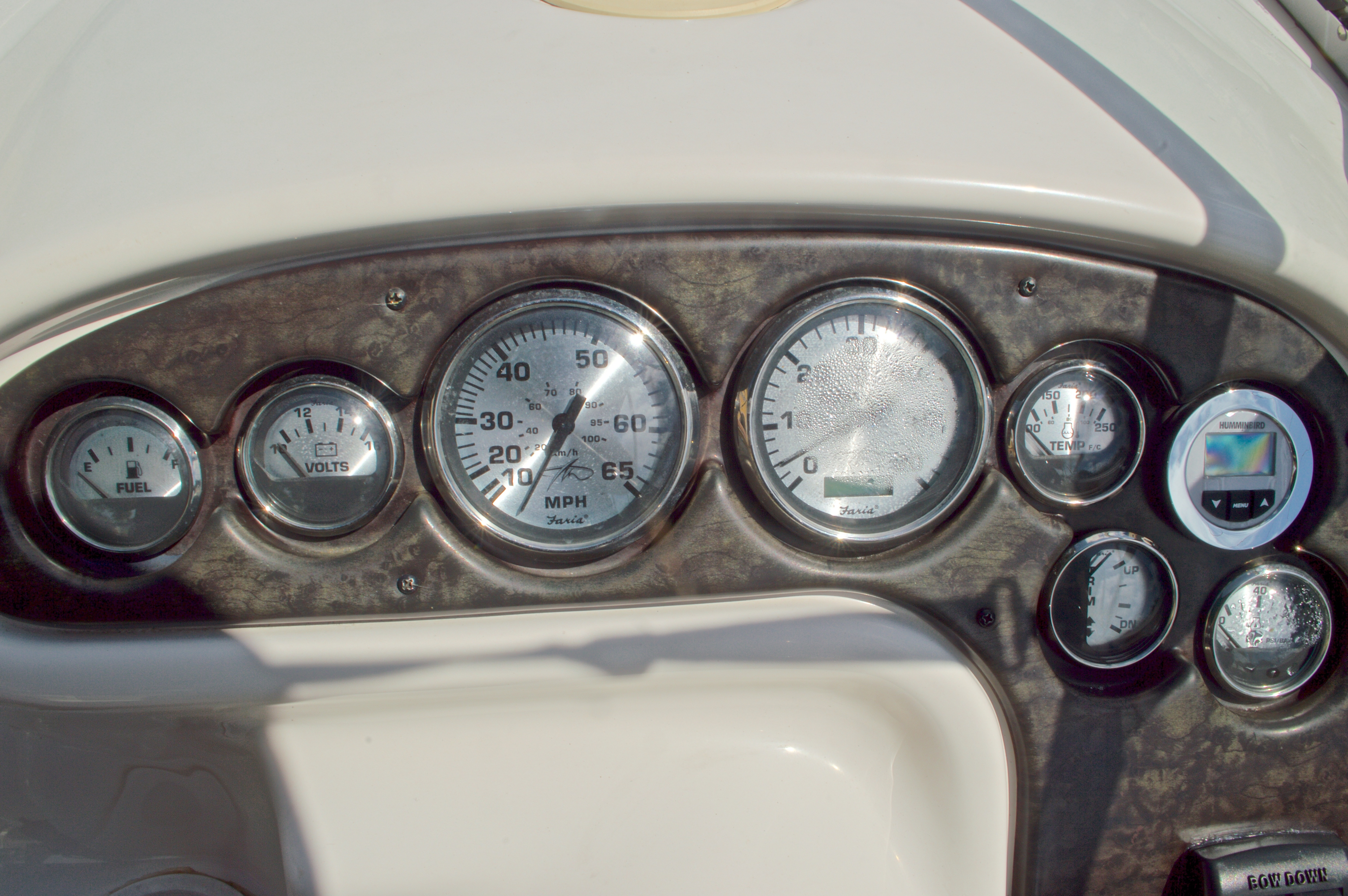 Thumbnail 32 for Used 2002 Monterey 262 Cruiser boat for sale in West Palm Beach, FL