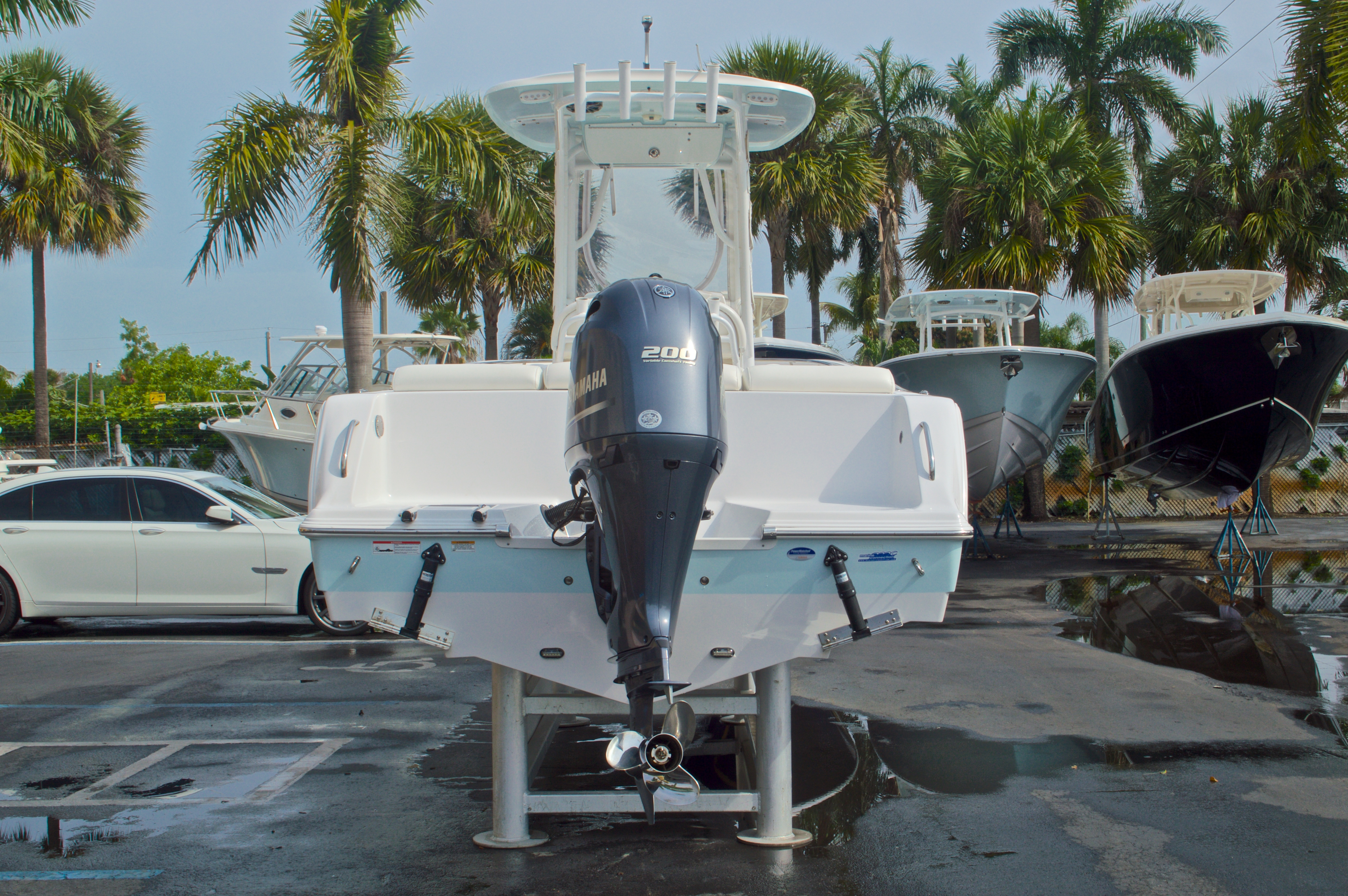 Thumbnail 6 for Used 2014 Sportsman Heritage 231 Center Console boat for sale in West Palm Beach, FL