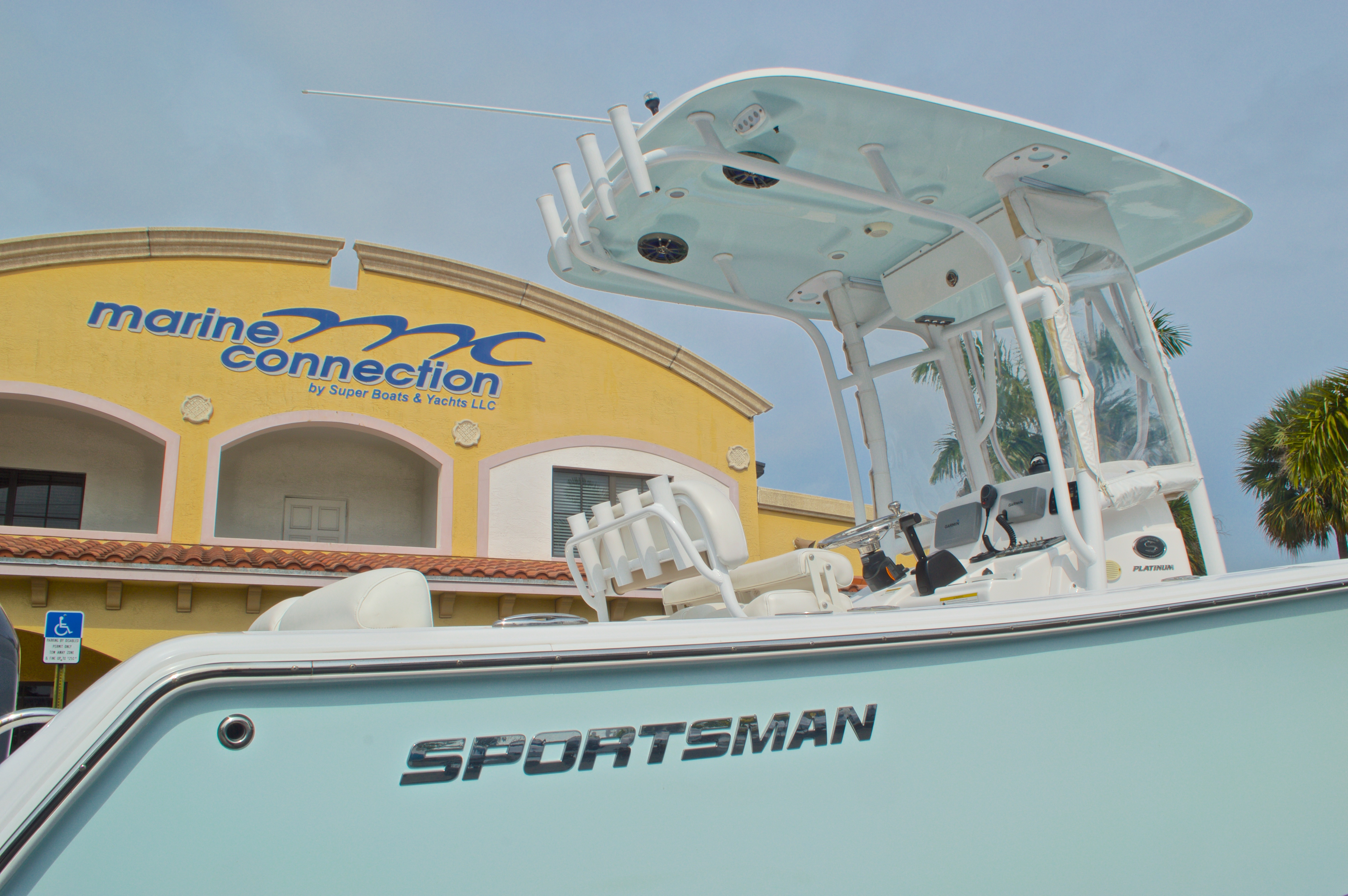 Thumbnail 8 for Used 2014 Sportsman Heritage 231 Center Console boat for sale in West Palm Beach, FL