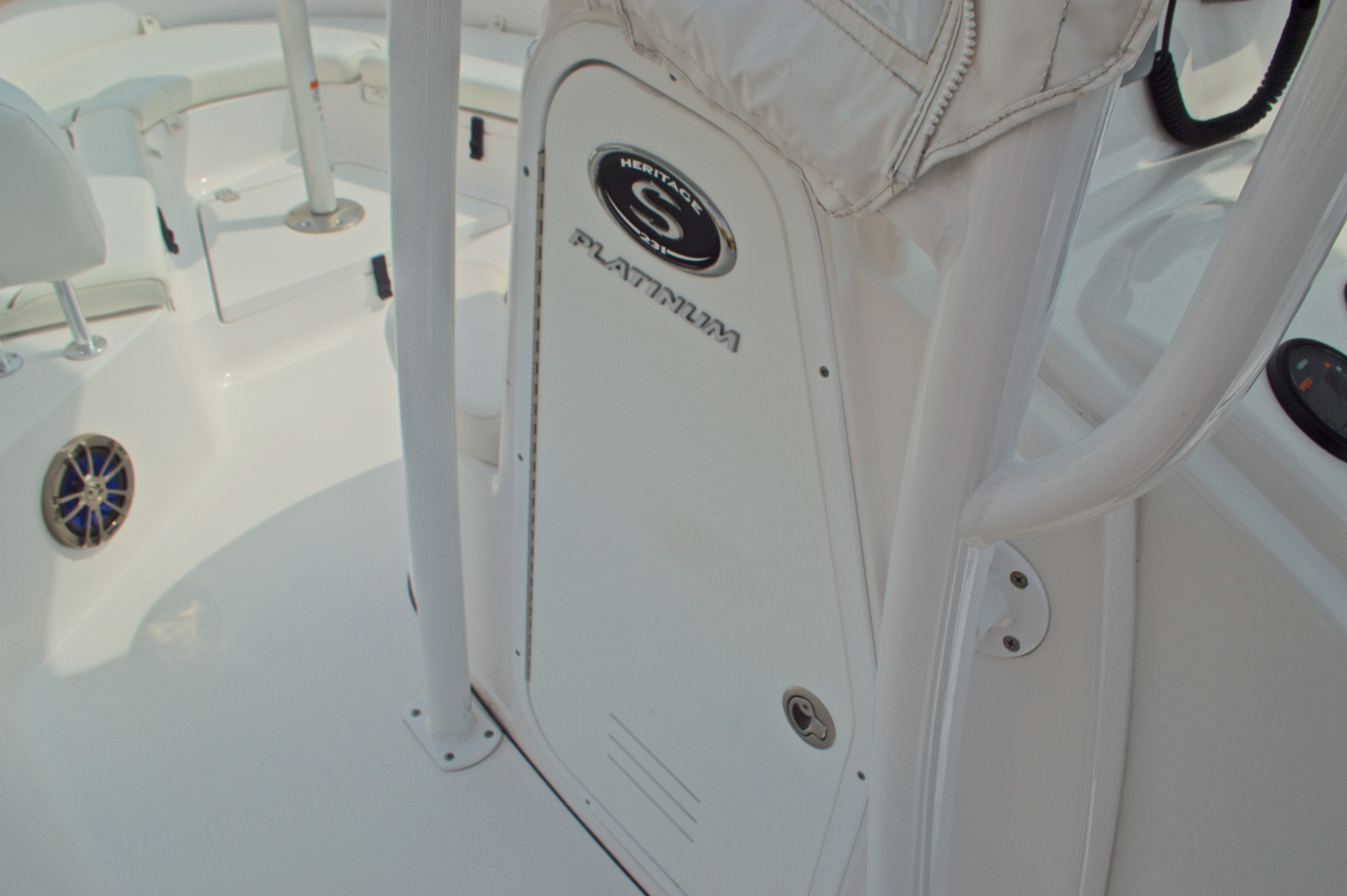 Thumbnail 44 for Used 2014 Sportsman Heritage 231 Center Console boat for sale in West Palm Beach, FL