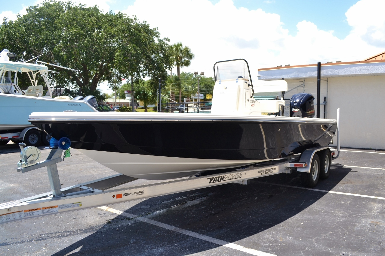 Thumbnail 3 for New 2016 Pathfinder 2300 HPS Bay Boat boat for sale in Vero Beach, FL