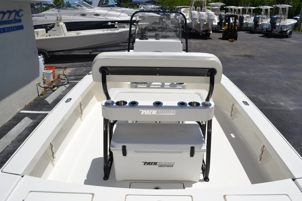 Thumbnail 10 for New 2016 Pathfinder 2300 HPS Bay Boat boat for sale in Vero Beach, FL