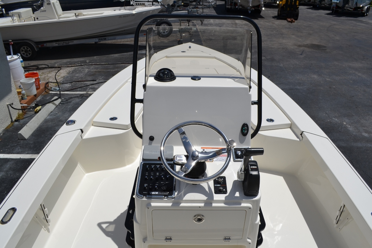 Thumbnail 11 for New 2016 Pathfinder 2300 HPS Bay Boat boat for sale in Vero Beach, FL