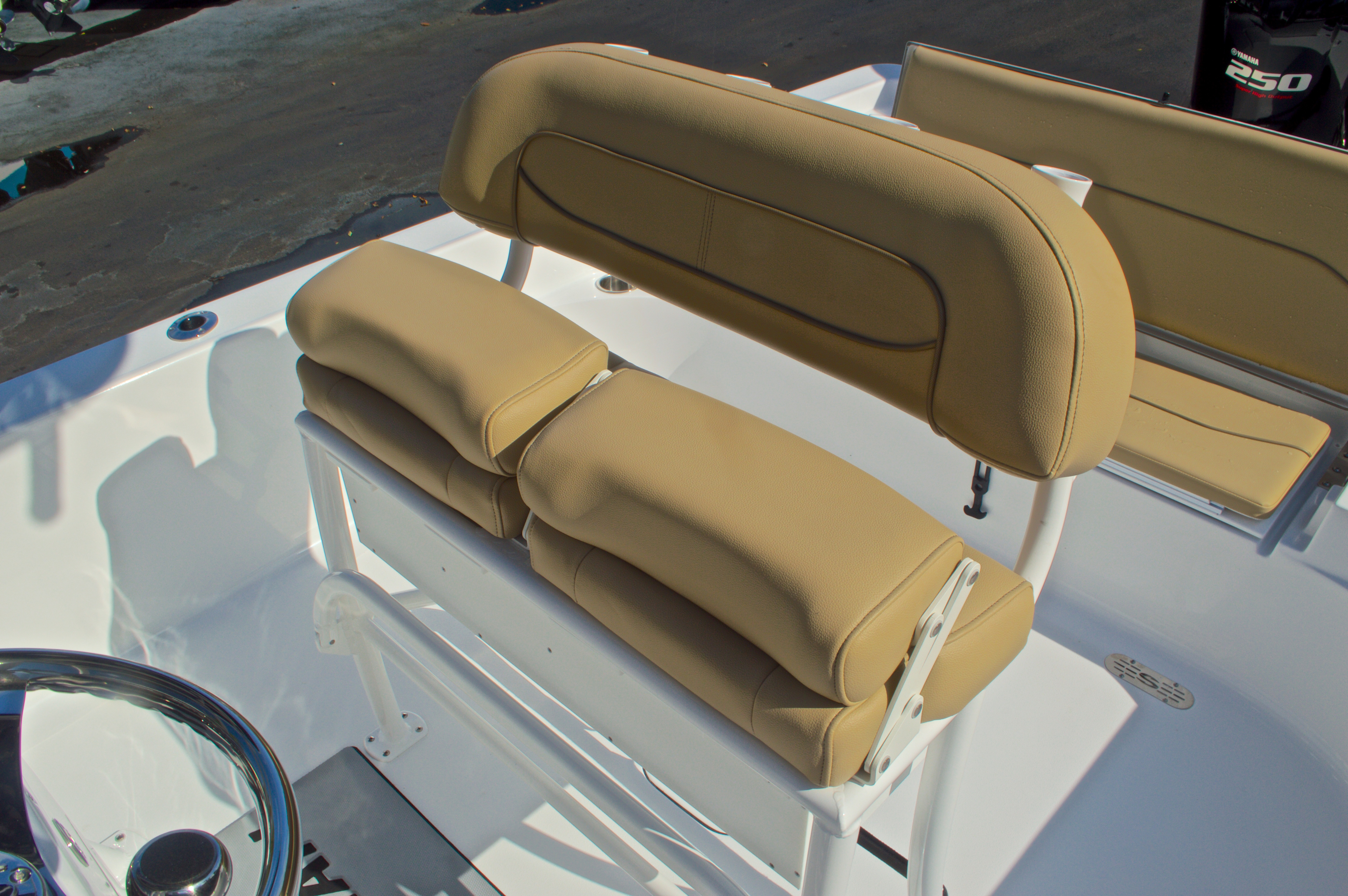 Thumbnail 23 for New 2016 Sportsman Masters 247 Bay Boat boat for sale in West Palm Beach, FL