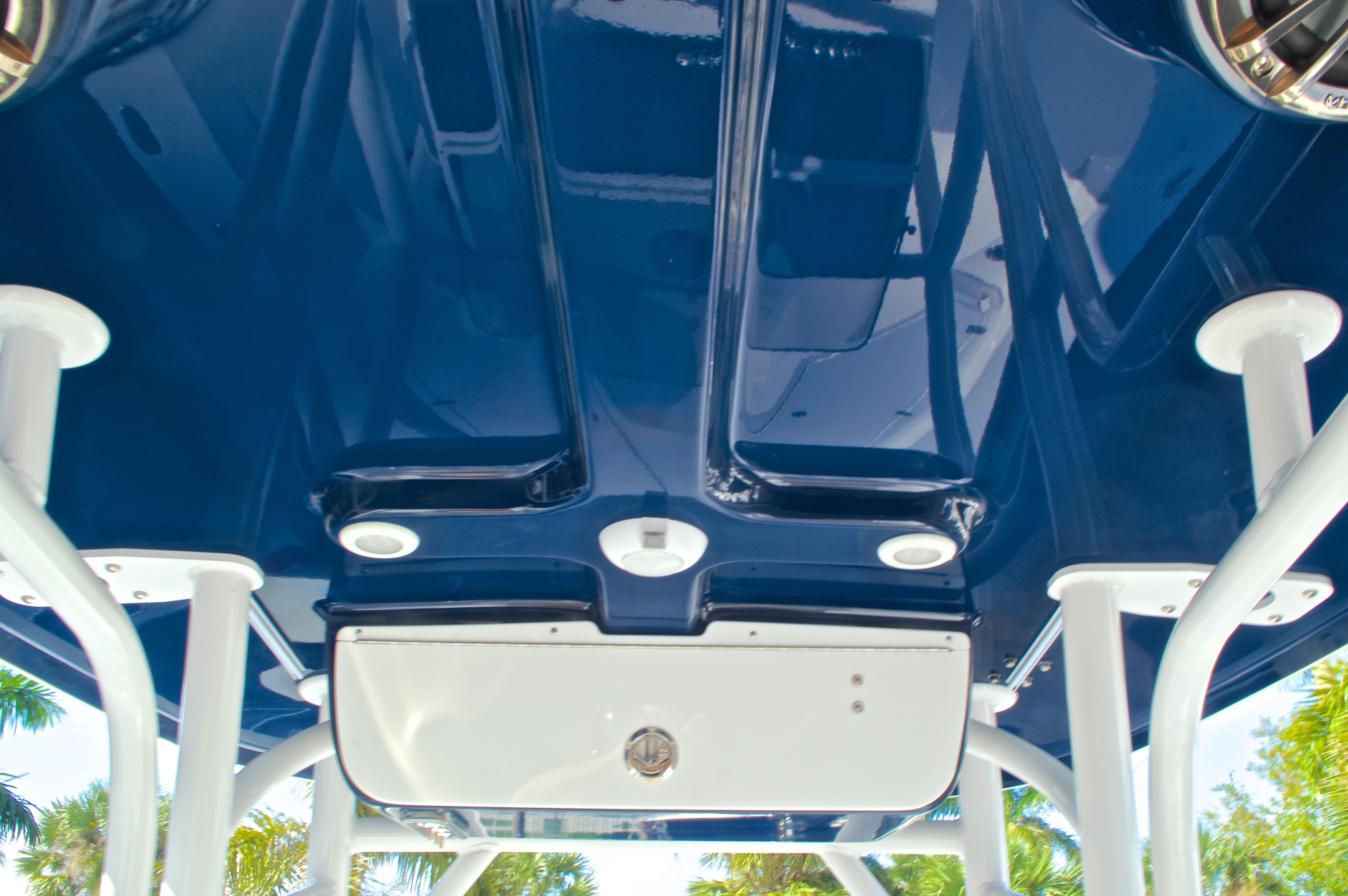 Thumbnail 33 for New 2016 Sportsman Masters 247 Bay Boat boat for sale in West Palm Beach, FL