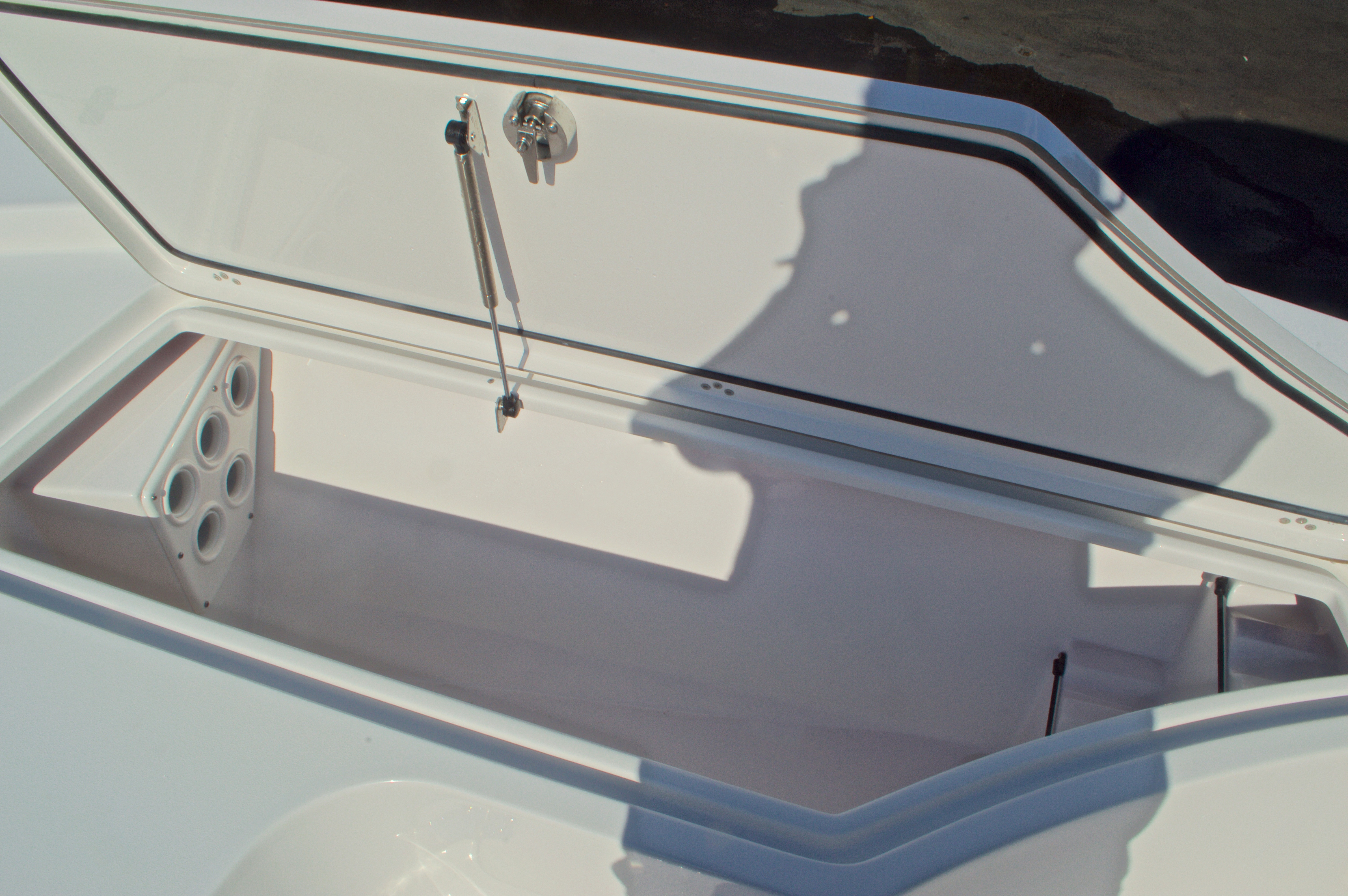 Thumbnail 42 for New 2016 Sportsman Masters 247 Bay Boat boat for sale in West Palm Beach, FL