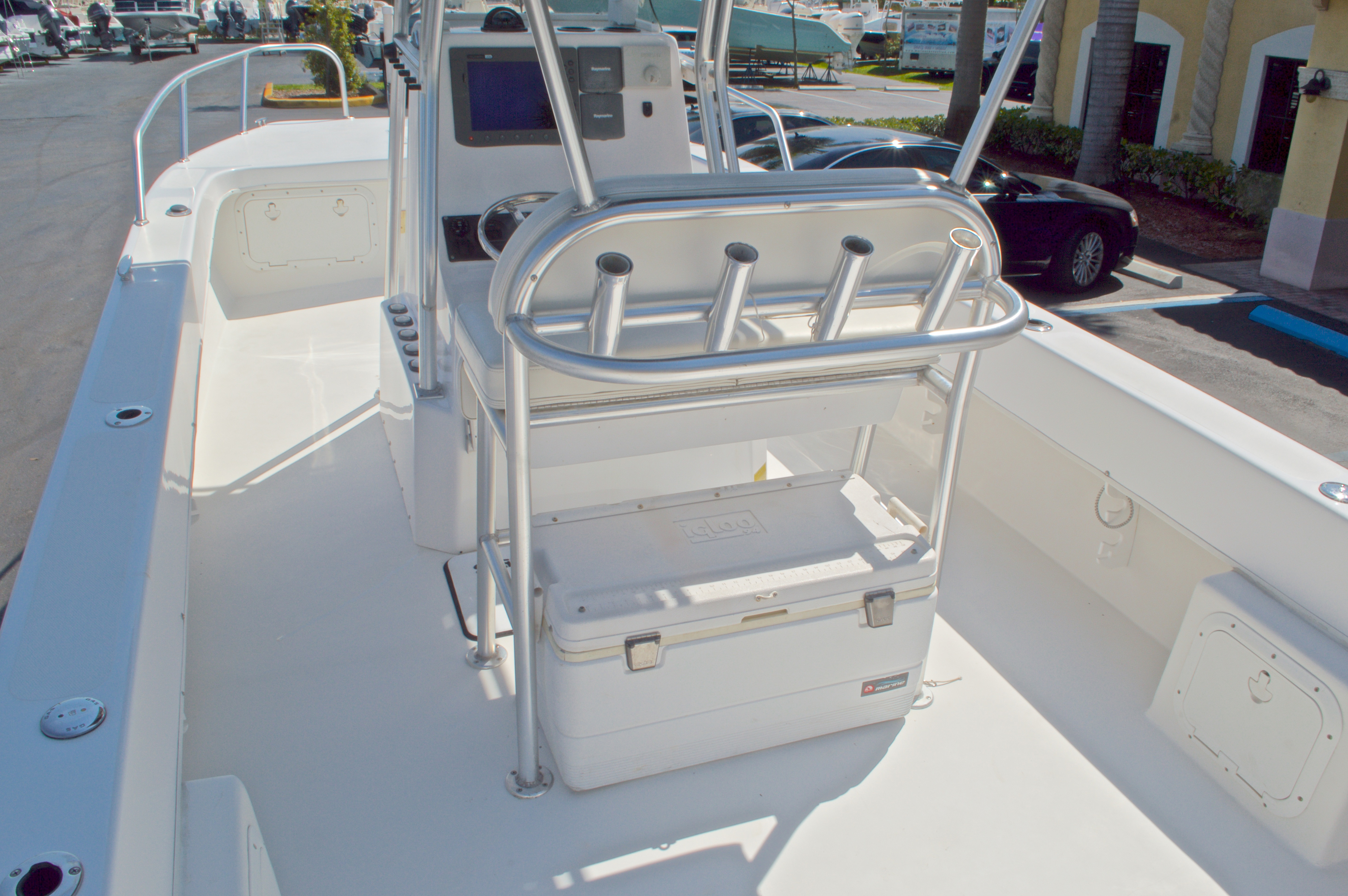 Thumbnail 13 for Used 2005 Twin Vee 26 CC Center Console boat for sale in West Palm Beach, FL