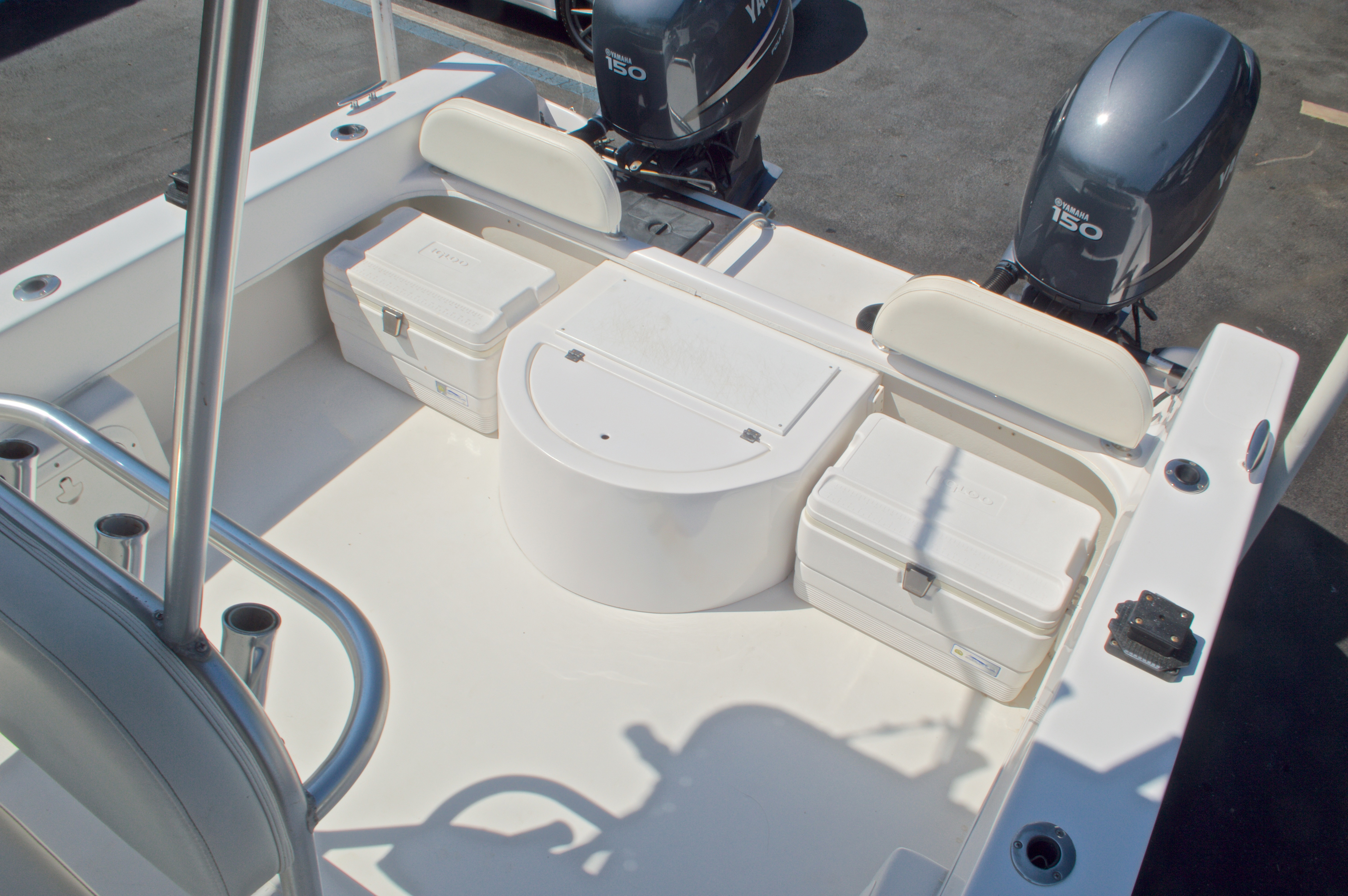 Thumbnail 15 for Used 2005 Twin Vee 26 CC Center Console boat for sale in West Palm Beach, FL