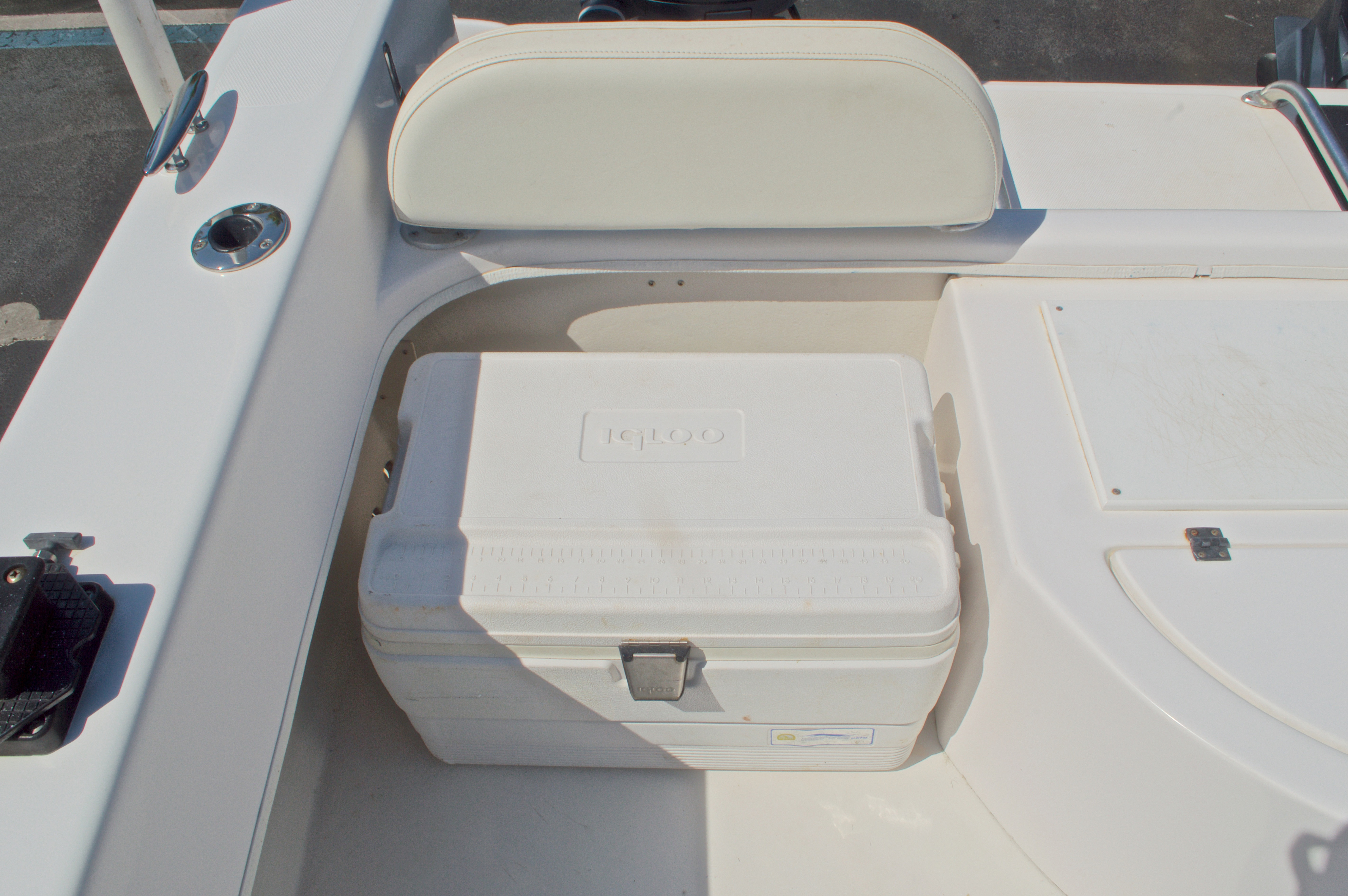 Thumbnail 16 for Used 2005 Twin Vee 26 CC Center Console boat for sale in West Palm Beach, FL