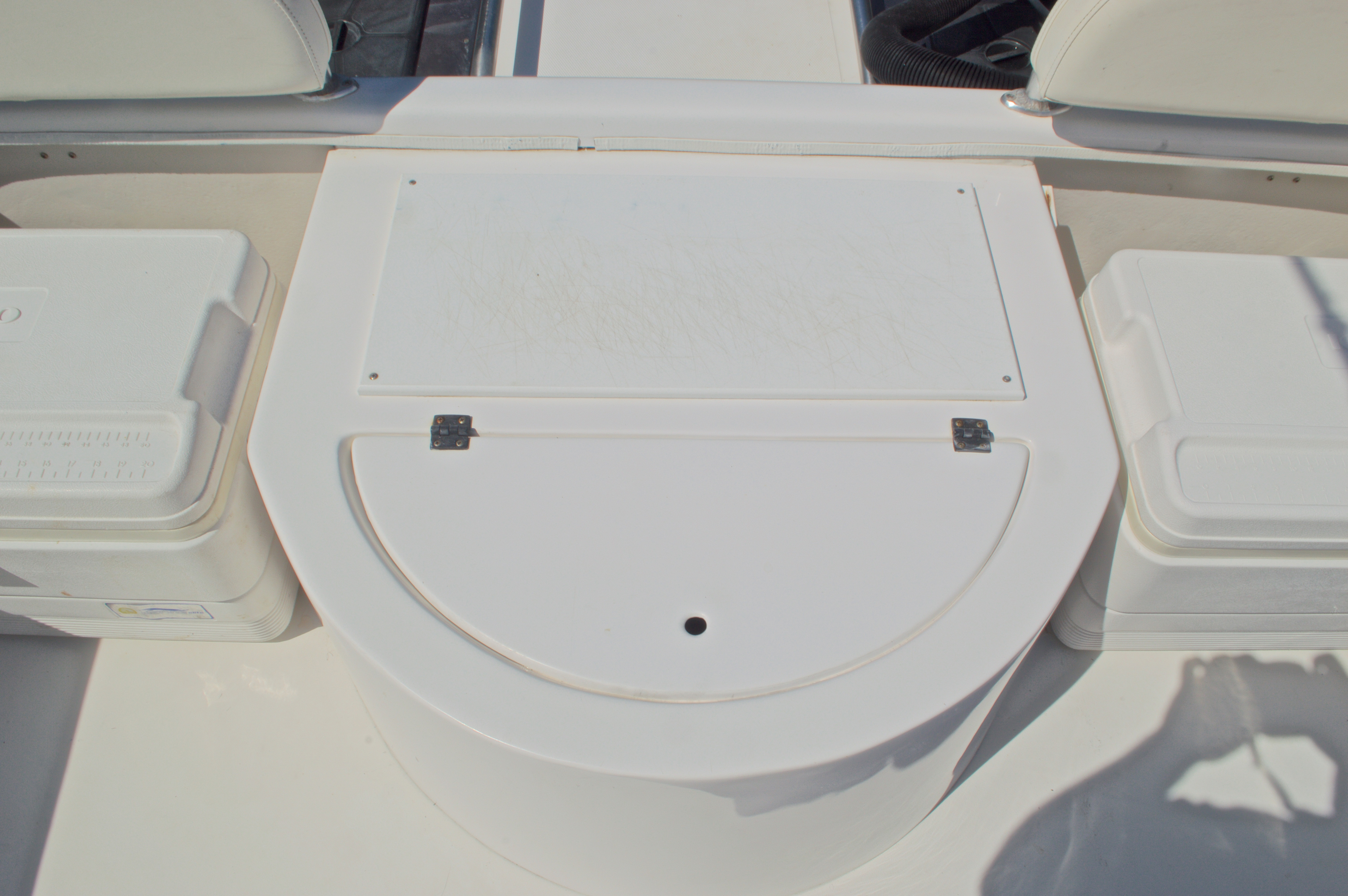 Thumbnail 17 for Used 2005 Twin Vee 26 CC Center Console boat for sale in West Palm Beach, FL