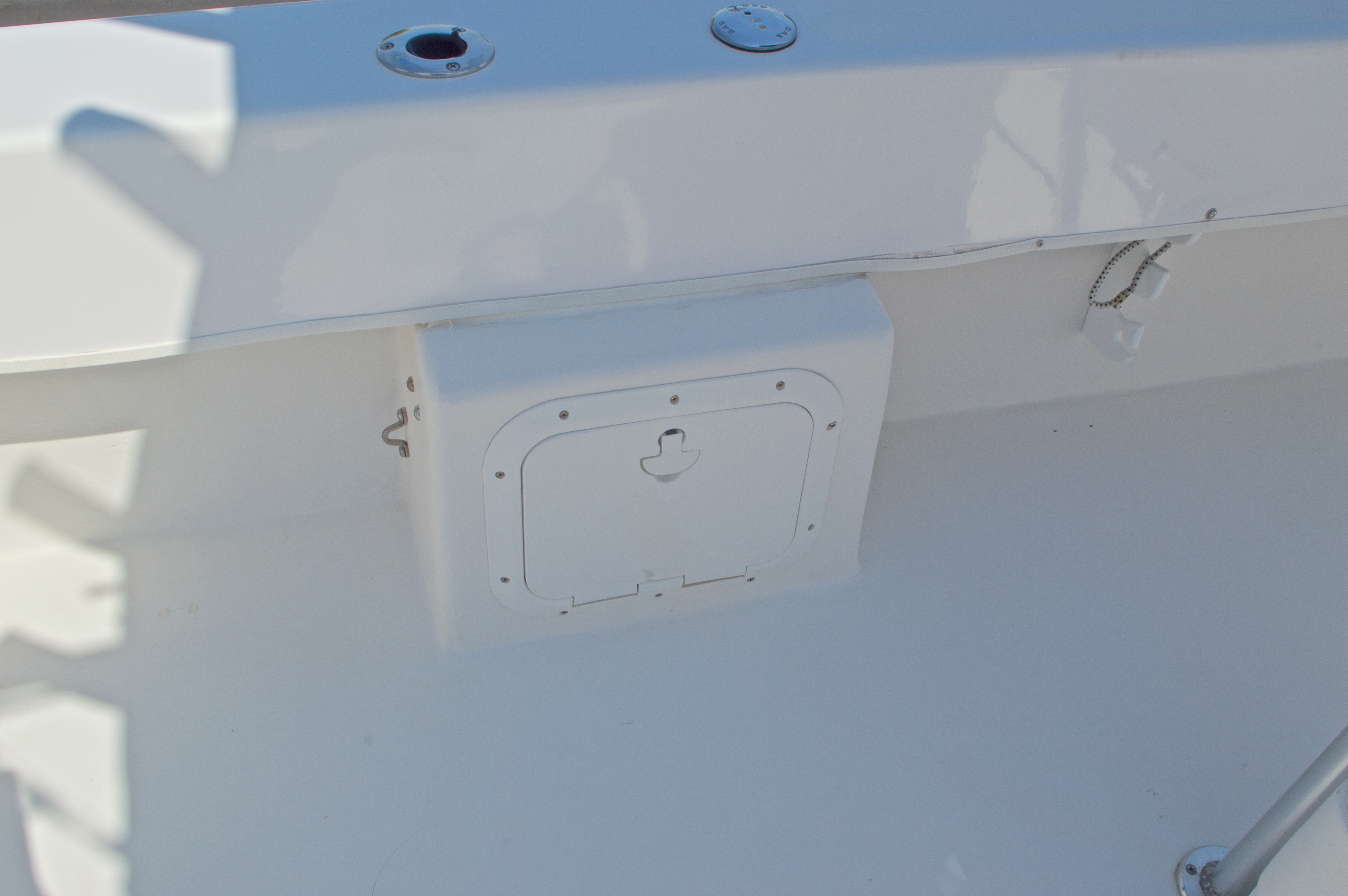 Thumbnail 22 for Used 2005 Twin Vee 26 CC Center Console boat for sale in West Palm Beach, FL