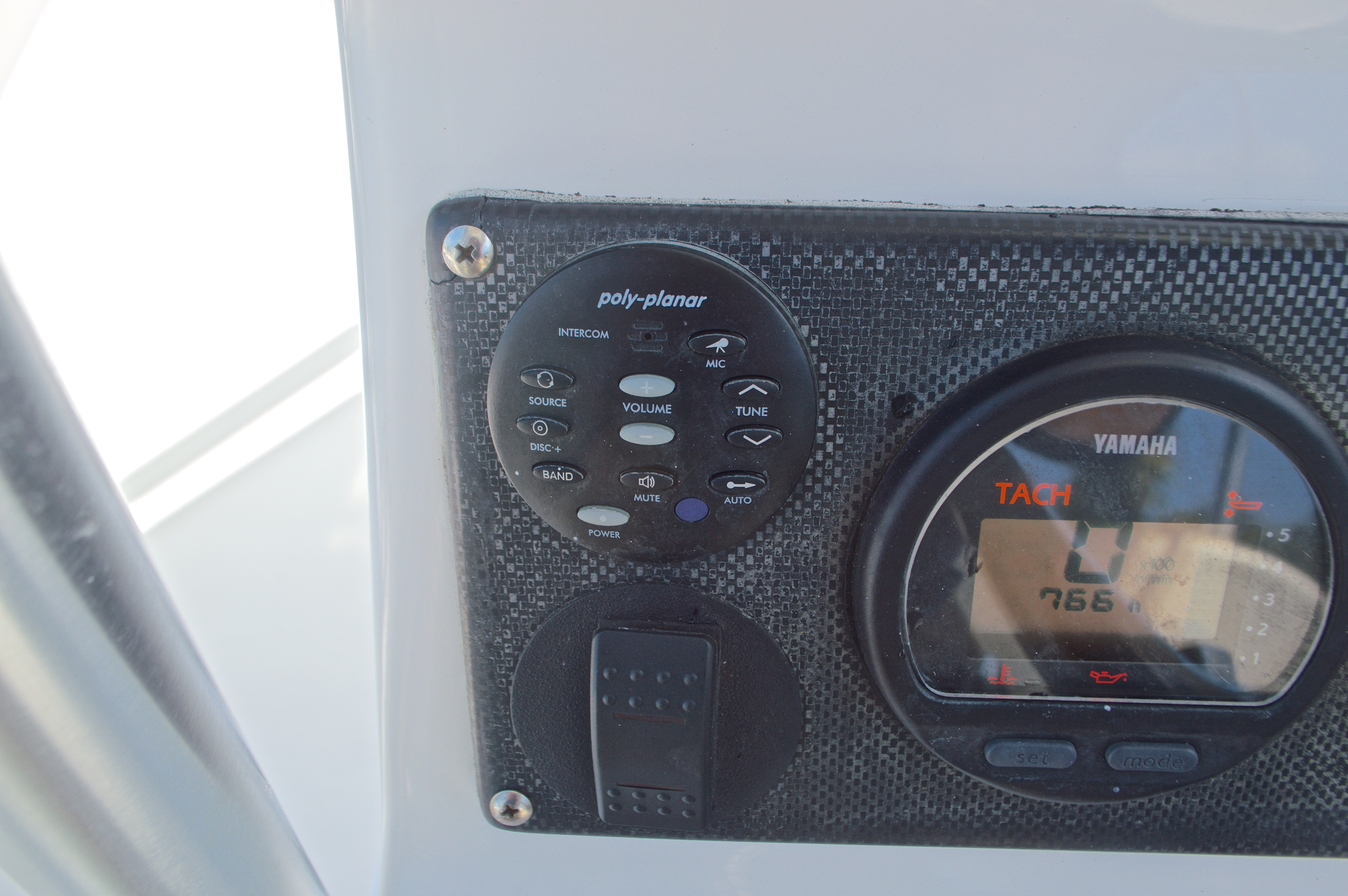 Thumbnail 39 for Used 2005 Twin Vee 26 CC Center Console boat for sale in West Palm Beach, FL