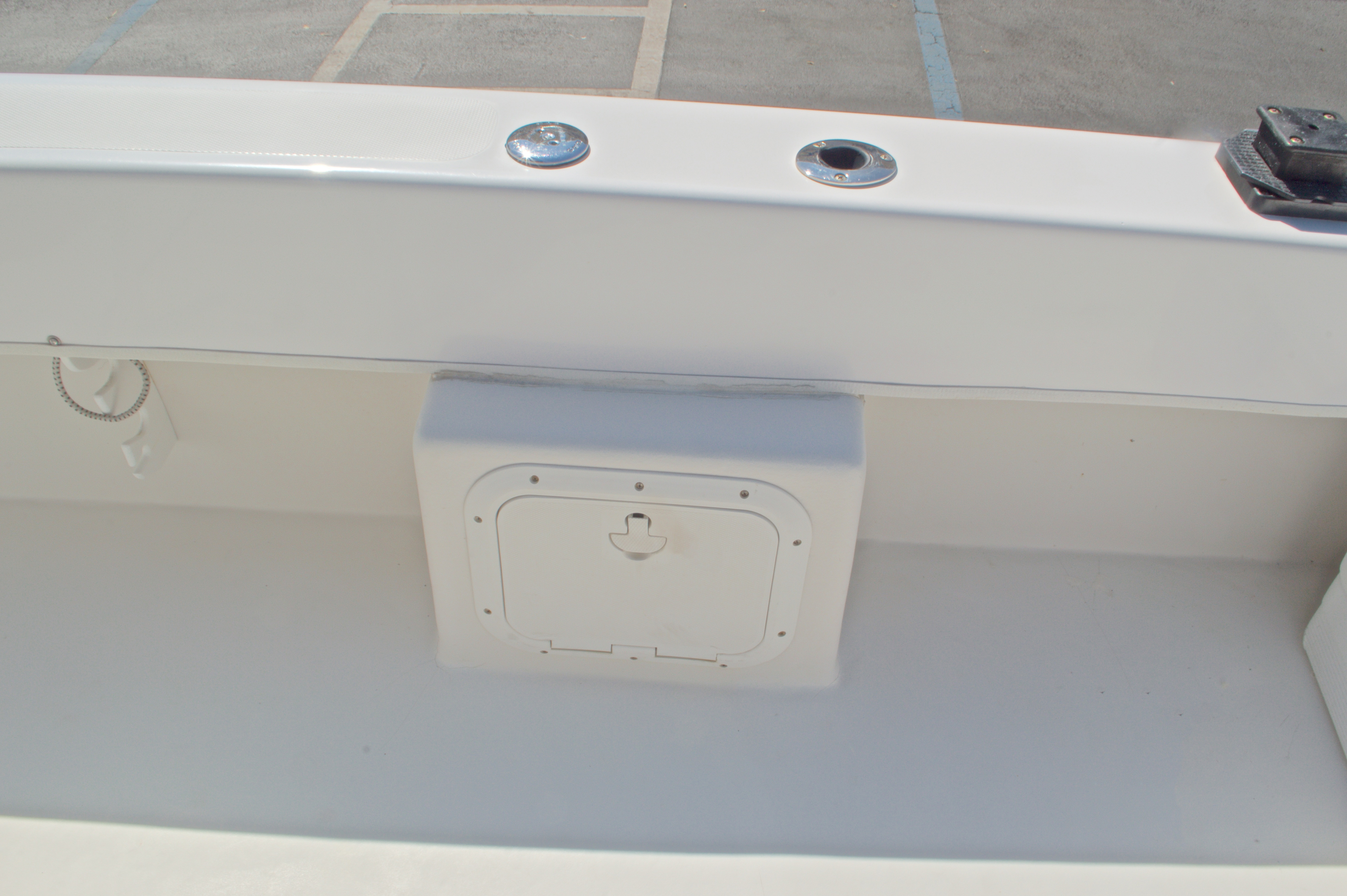 Thumbnail 20 for Used 2005 Twin Vee 26 CC Center Console boat for sale in West Palm Beach, FL