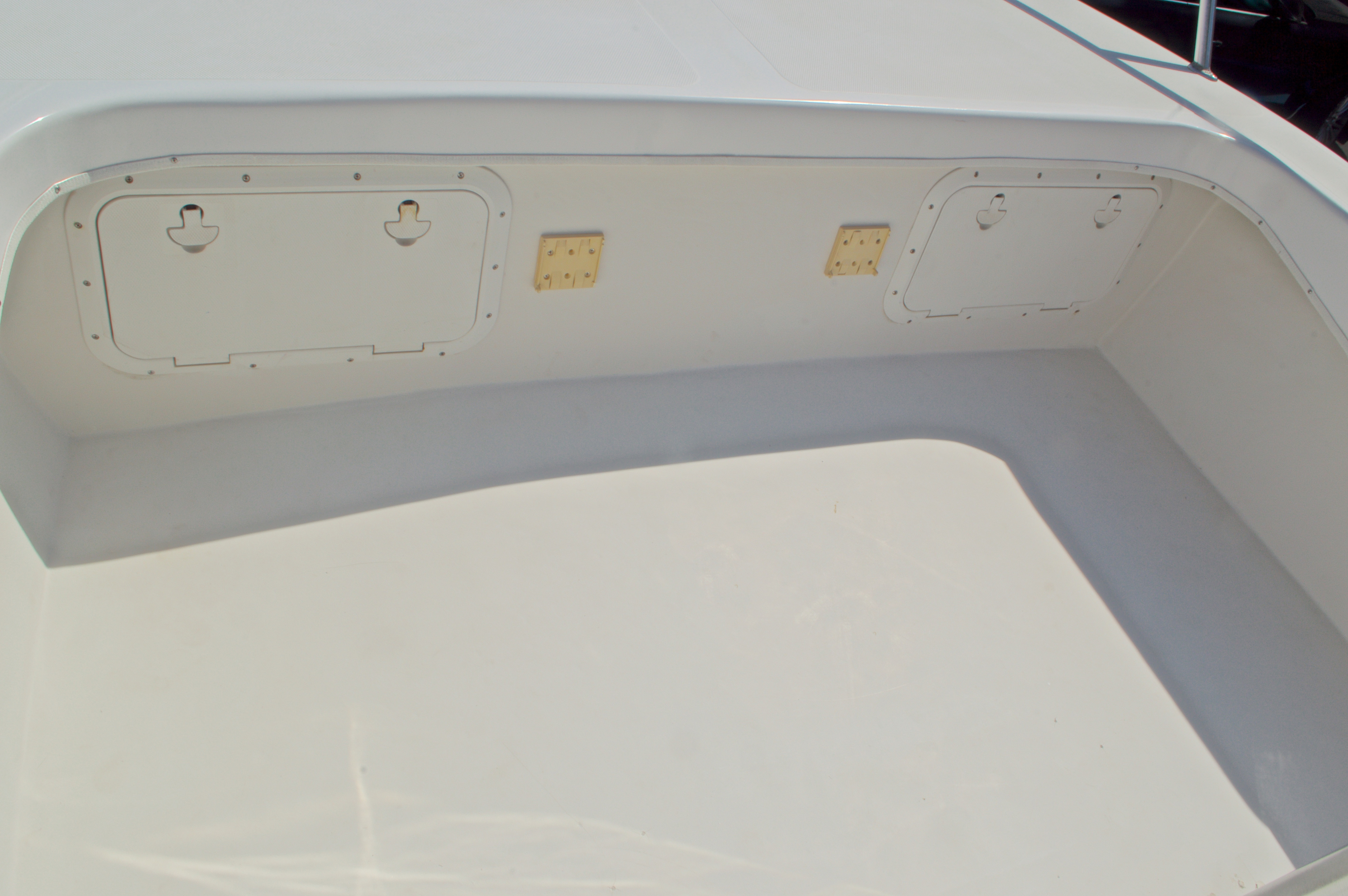 Thumbnail 46 for Used 2005 Twin Vee 26 CC Center Console boat for sale in West Palm Beach, FL
