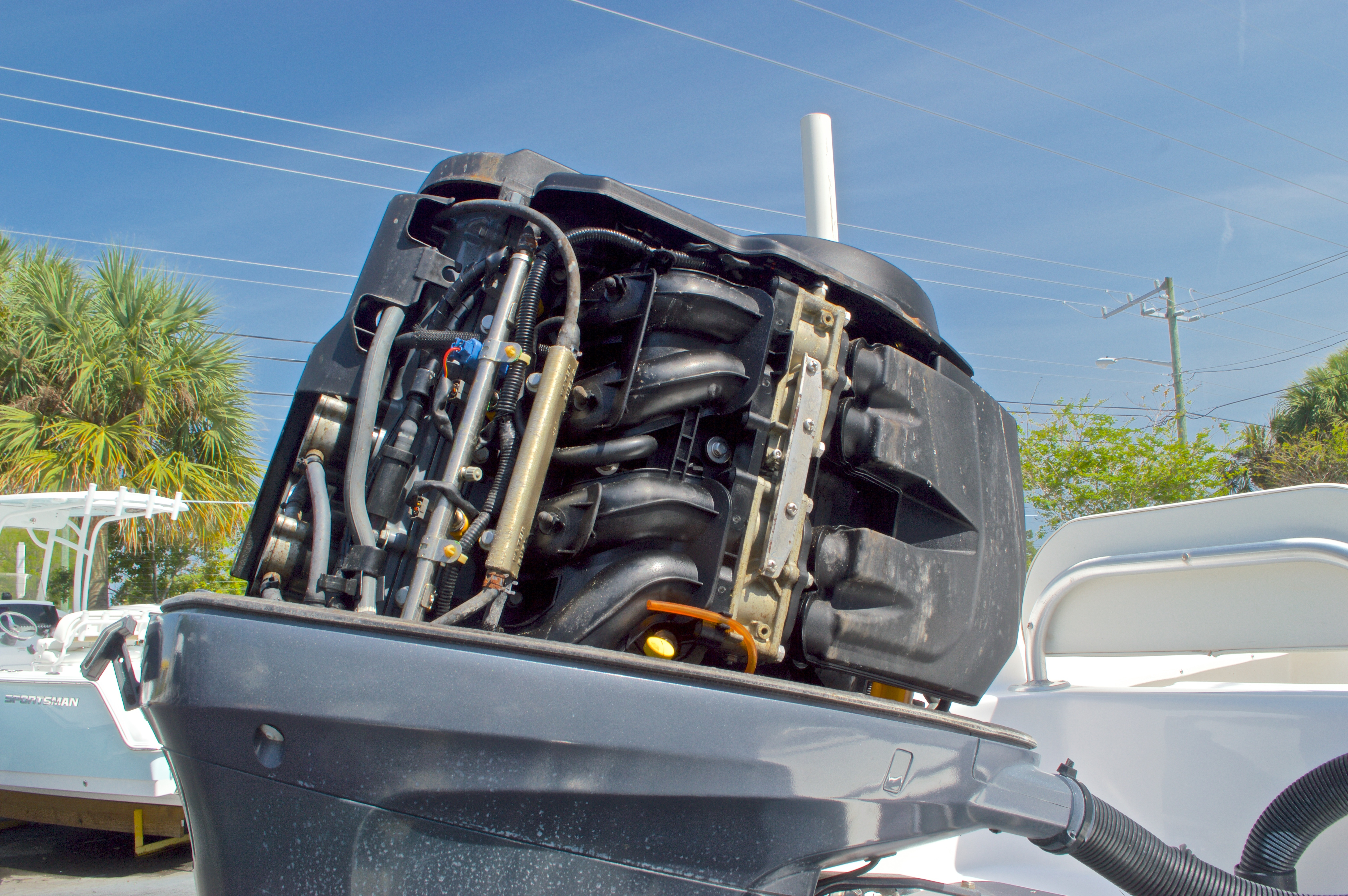 Thumbnail 55 for Used 2005 Twin Vee 26 CC Center Console boat for sale in West Palm Beach, FL