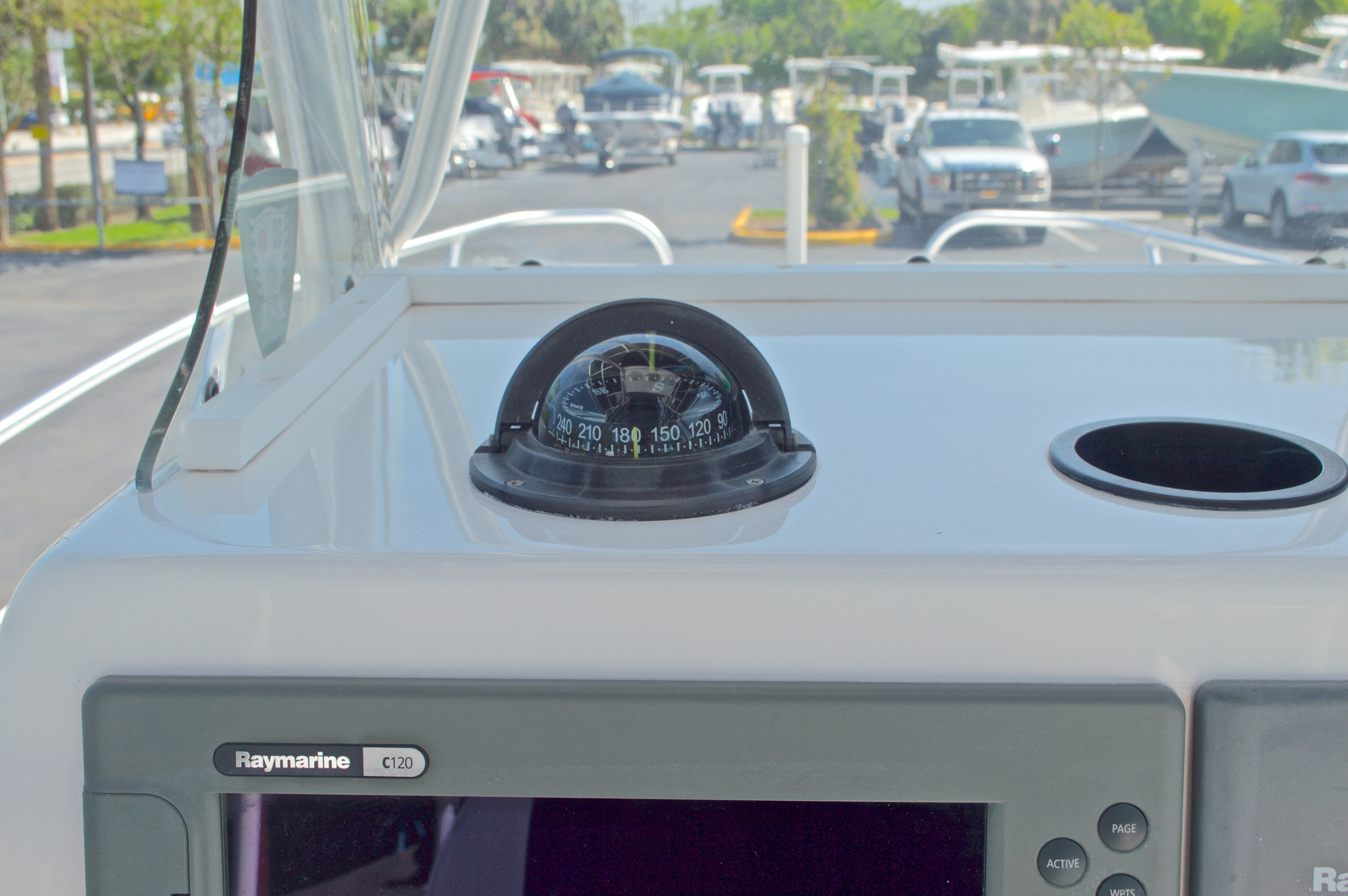Thumbnail 31 for Used 2005 Twin Vee 26 CC Center Console boat for sale in West Palm Beach, FL