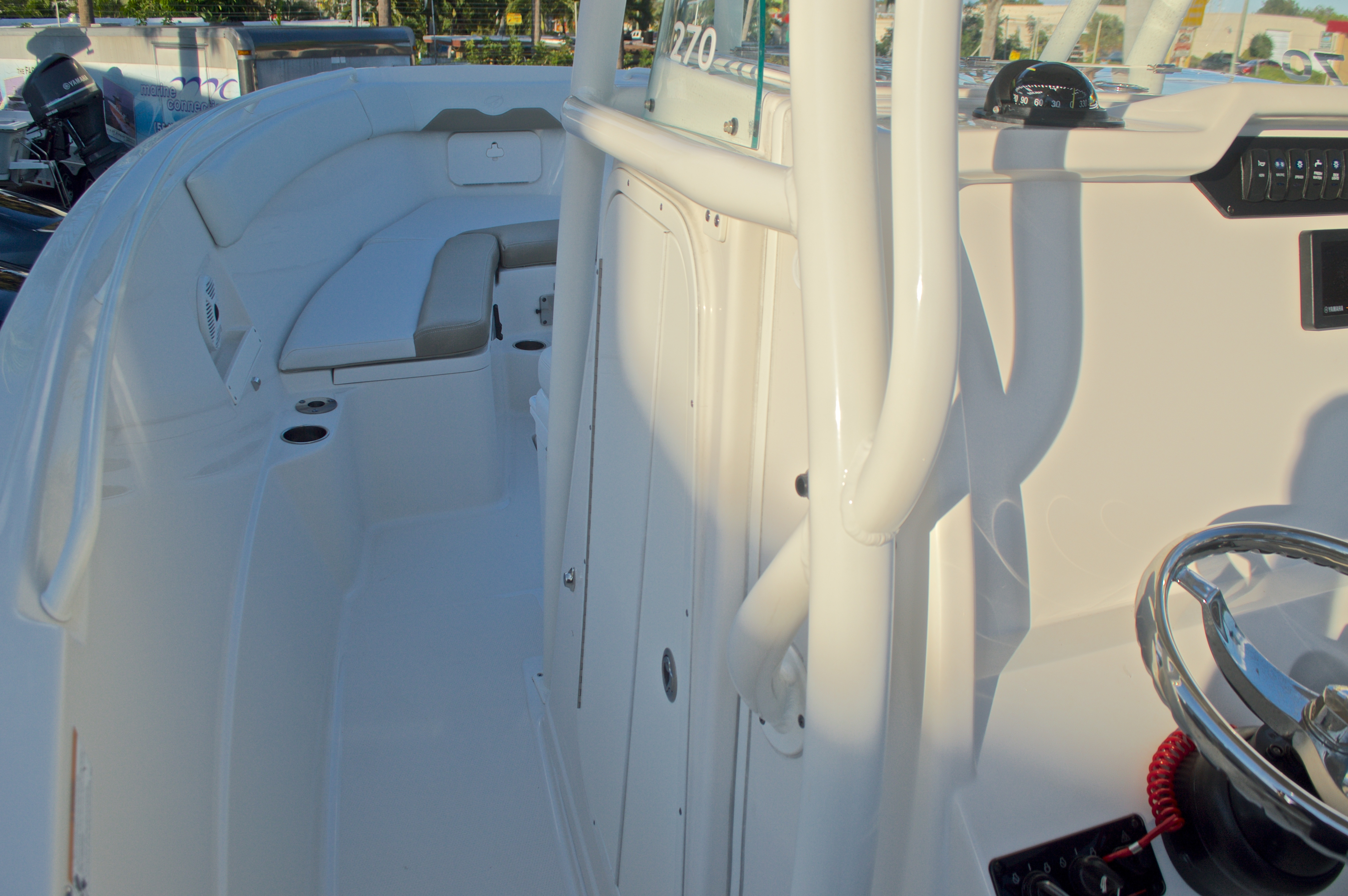Thumbnail 45 for New 2016 Sailfish 270 CC Center Console boat for sale in Miami, FL