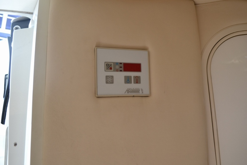 Thumbnail 23 for Used 2005 Cobalt 343 boat for sale in Vero Beach, FL