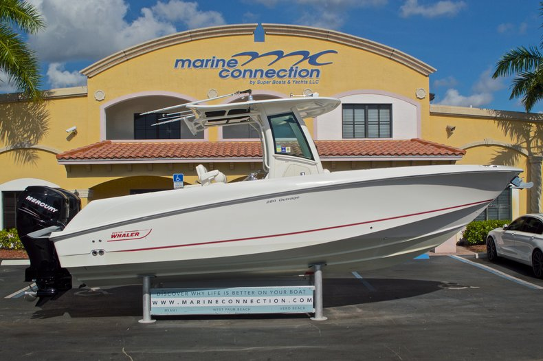 Used 2009 Boston Whaler 28 Outrage boat for sale in West Palm Beach, FL
