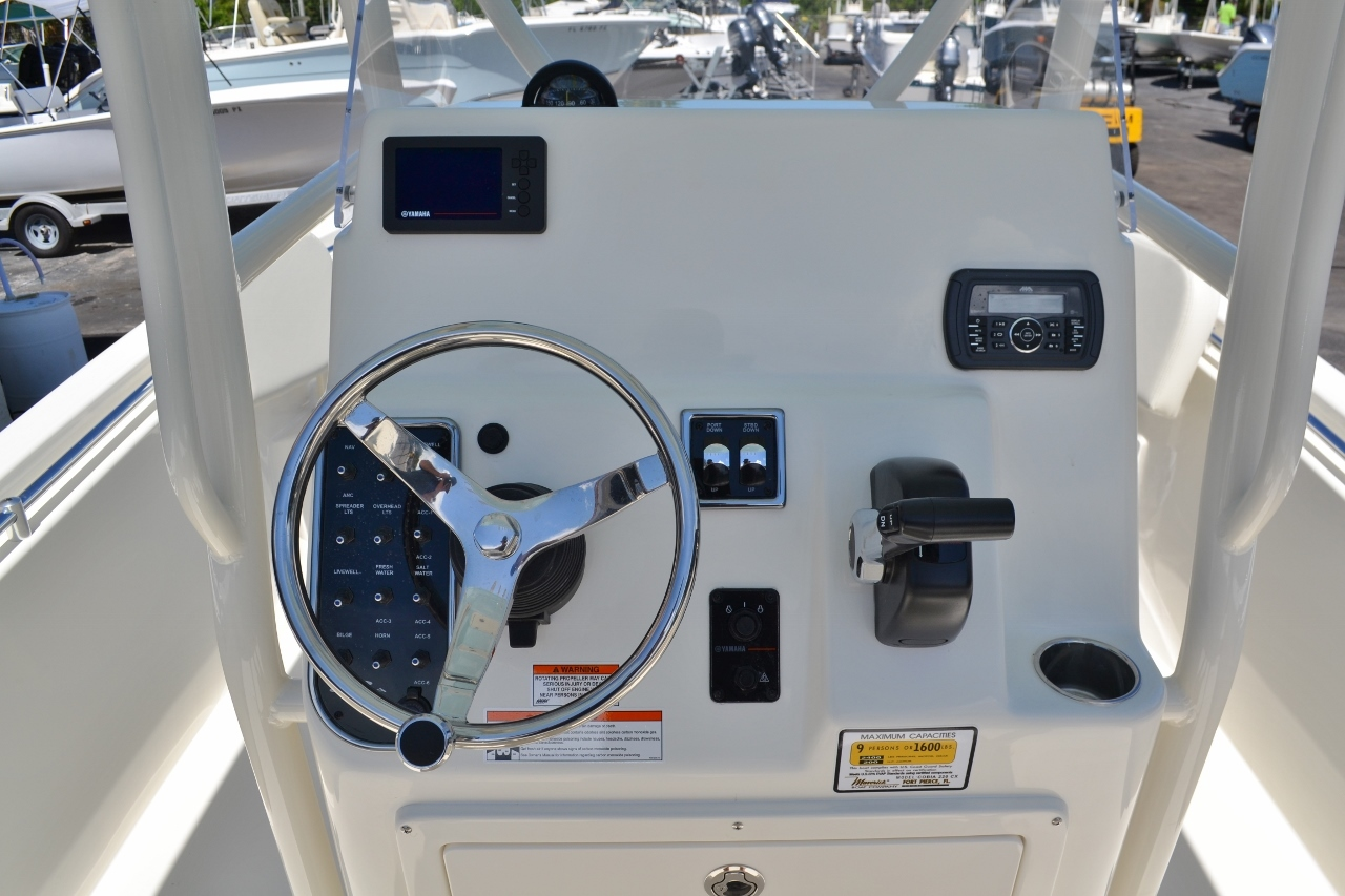 Thumbnail 12 for New 2017 Cobia 220 Center Console boat for sale in Vero Beach, FL