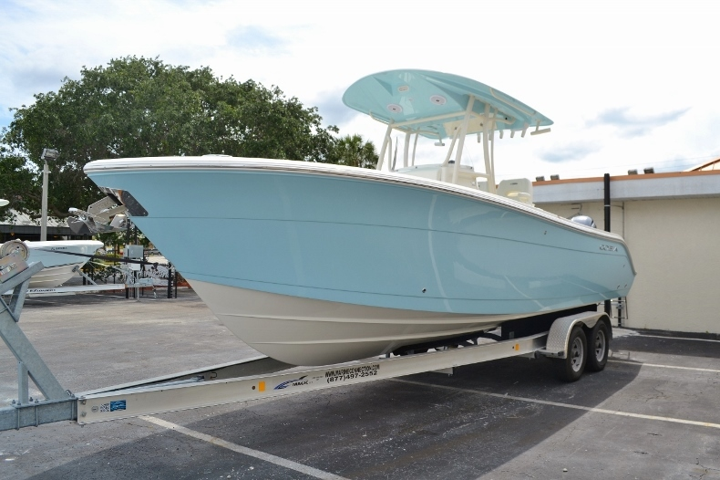 Thumbnail 3 for New 2016 Cobia 261 Center Console boat for sale in West Palm Beach, FL