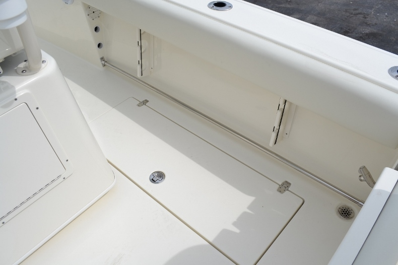 Thumbnail 20 for New 2016 Cobia 261 Center Console boat for sale in West Palm Beach, FL