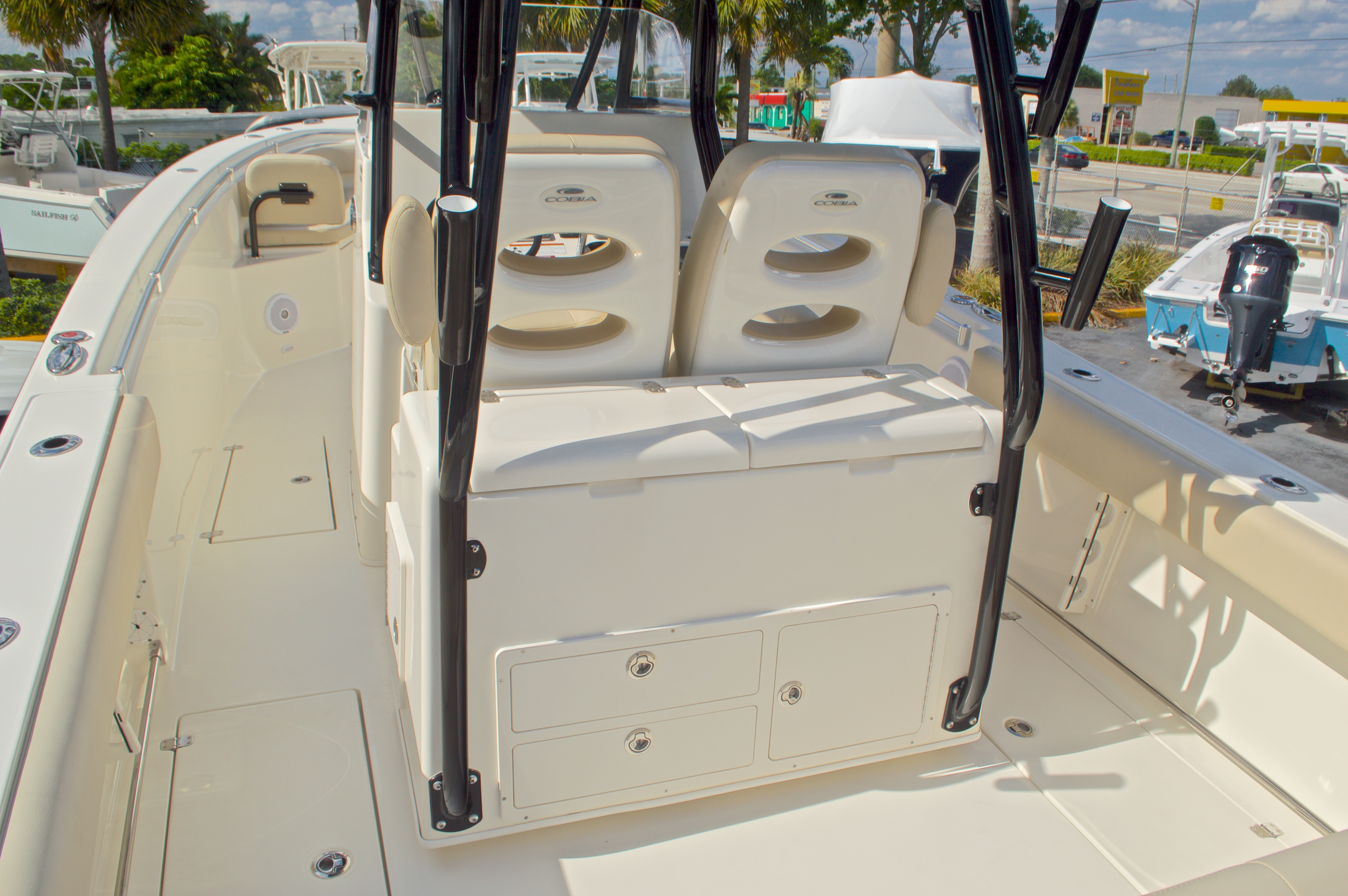 Thumbnail 13 for New 2016 Cobia 296 Center Console boat for sale in Vero Beach, FL
