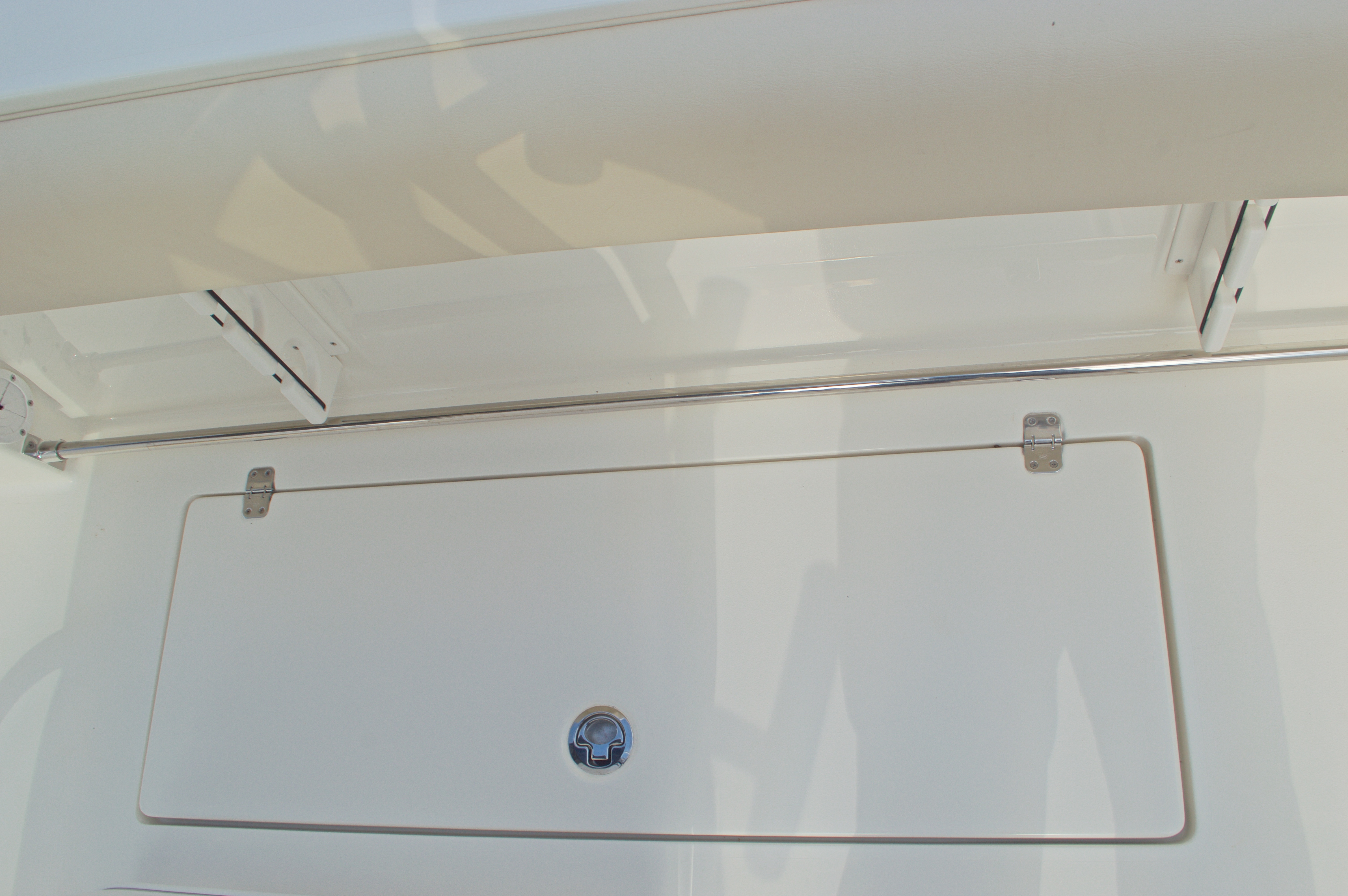 Thumbnail 27 for New 2016 Cobia 296 Center Console boat for sale in Vero Beach, FL